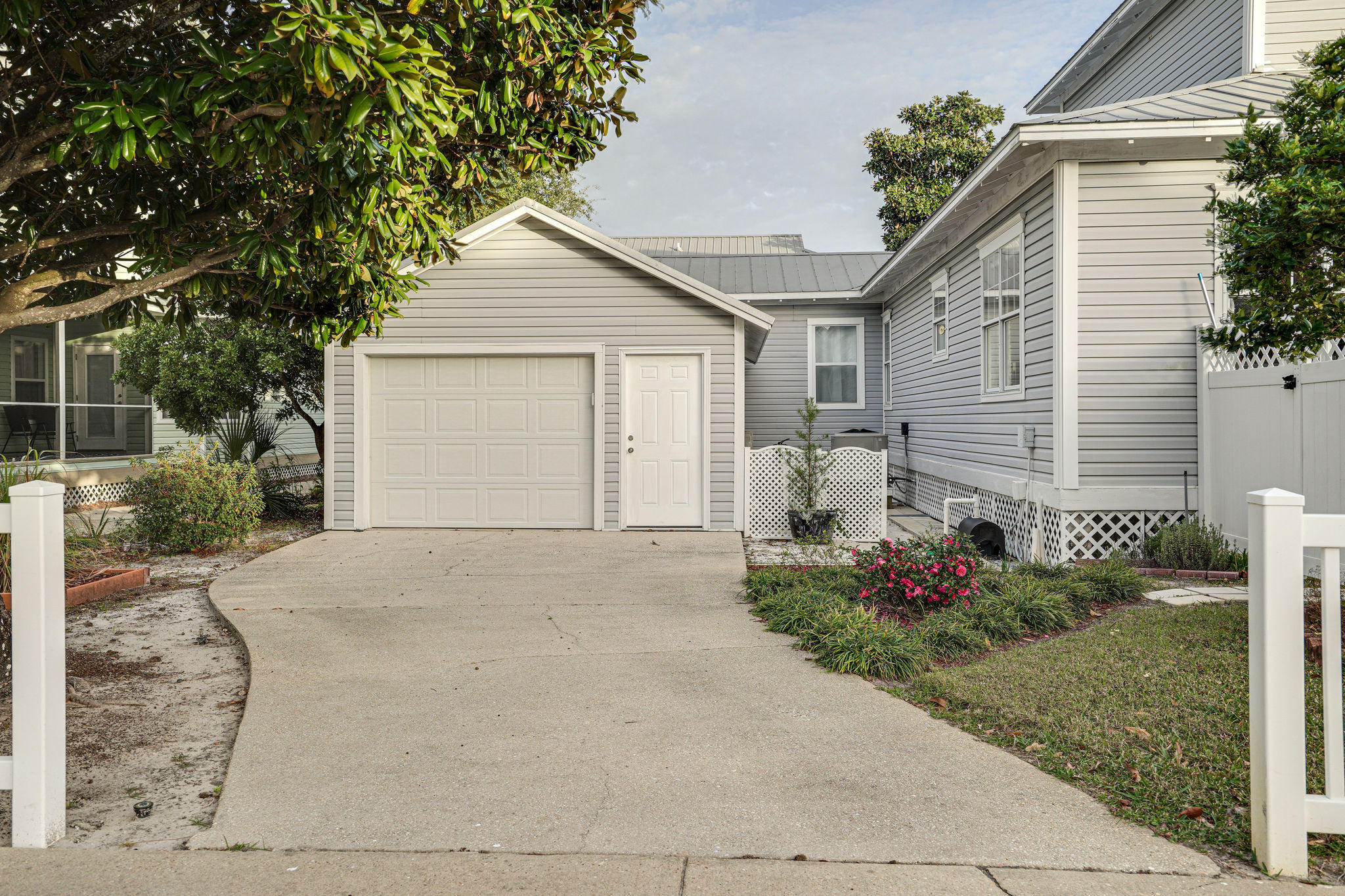 Photo of home for sale at 4503 John, Destin FL