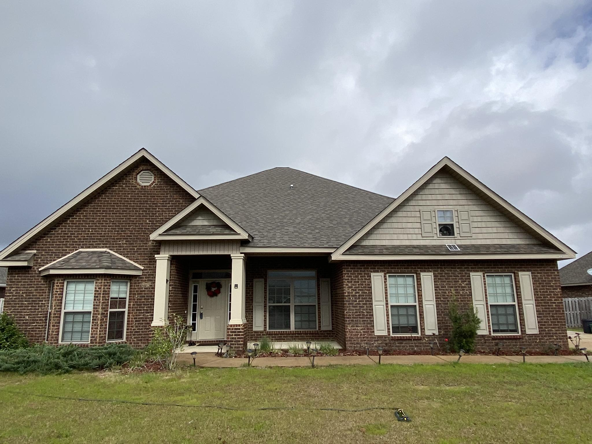 Photo of home for sale at 510 Gadwell, Crestview FL