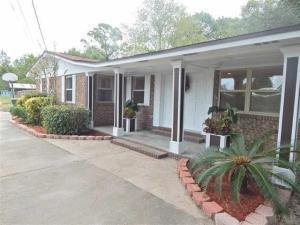 Photo of home for sale at 1601 Dog Track, City Of Pensacola FL
