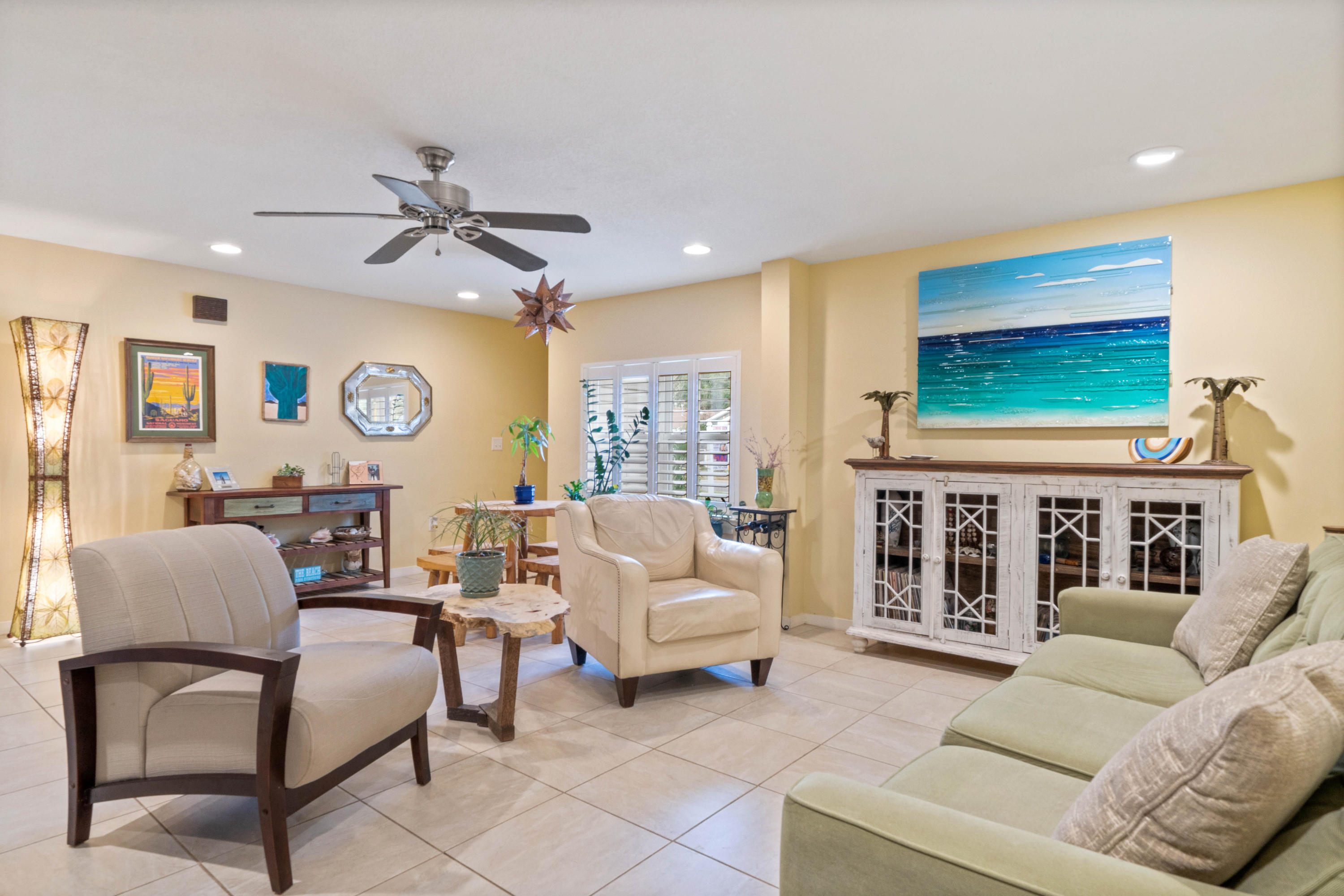 Photo of home for sale at 5 Elm, Fort Walton Beach FL