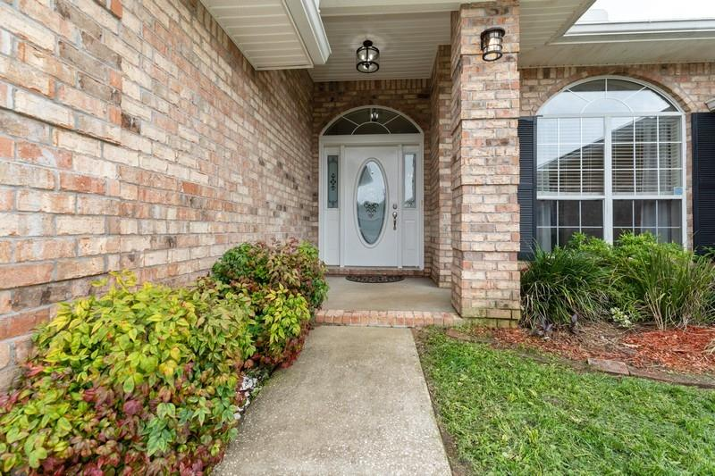 Photo of home for sale at 2748 Shoni, Navarre FL