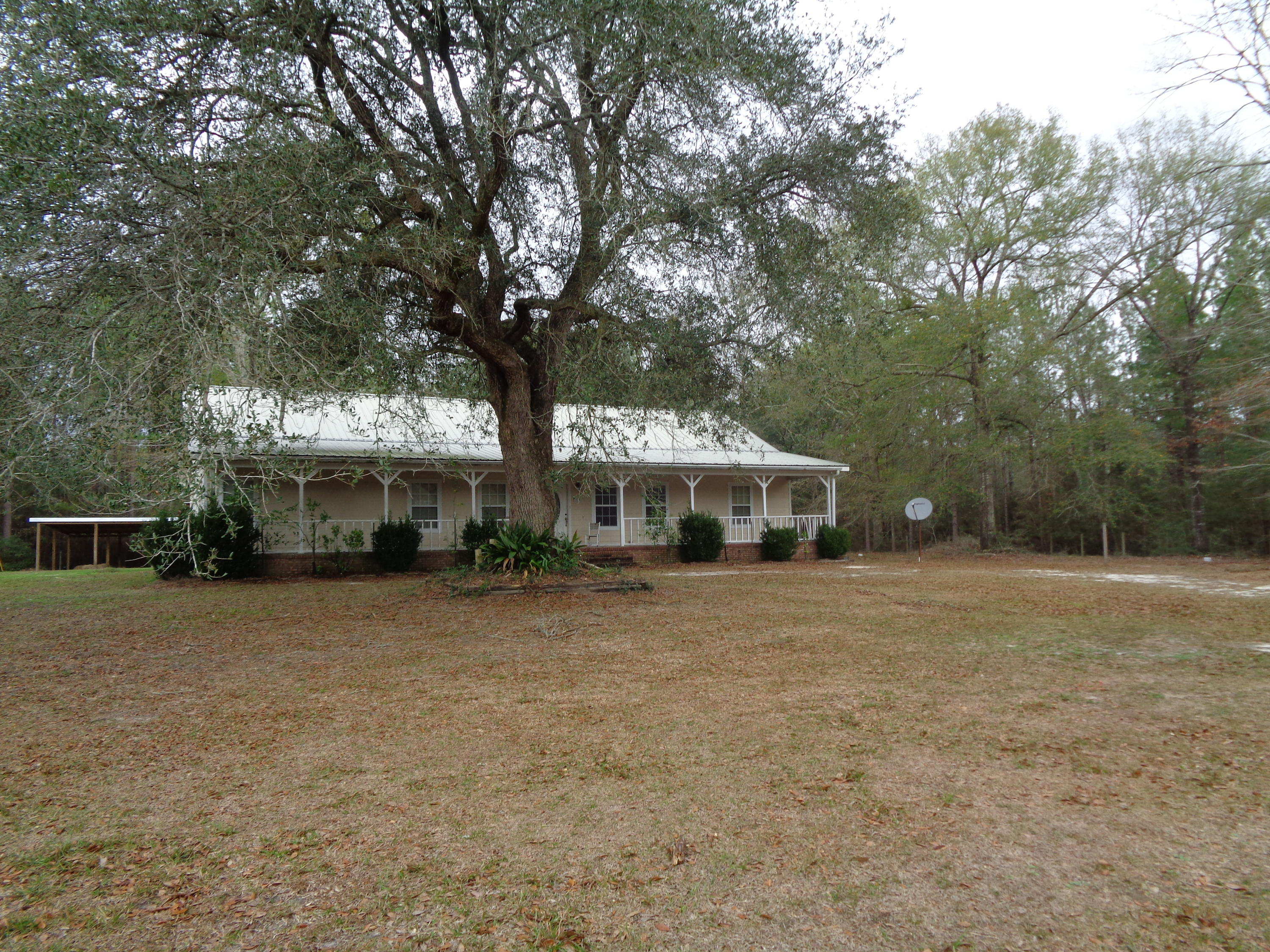Photo of home for sale at 194 Oak Hill, See Remarks AL