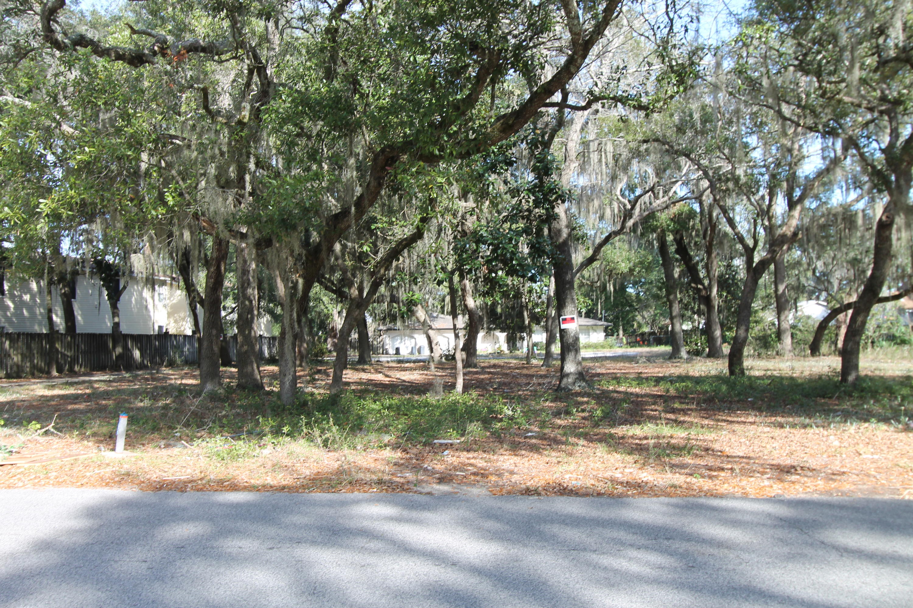 Photo of home for sale at 511 Circle, Fort Walton Beach FL