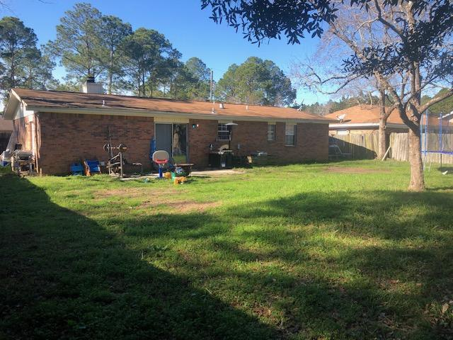 Photo of home for sale at 1217 Thomason Dr, Fort Walton Beach FL