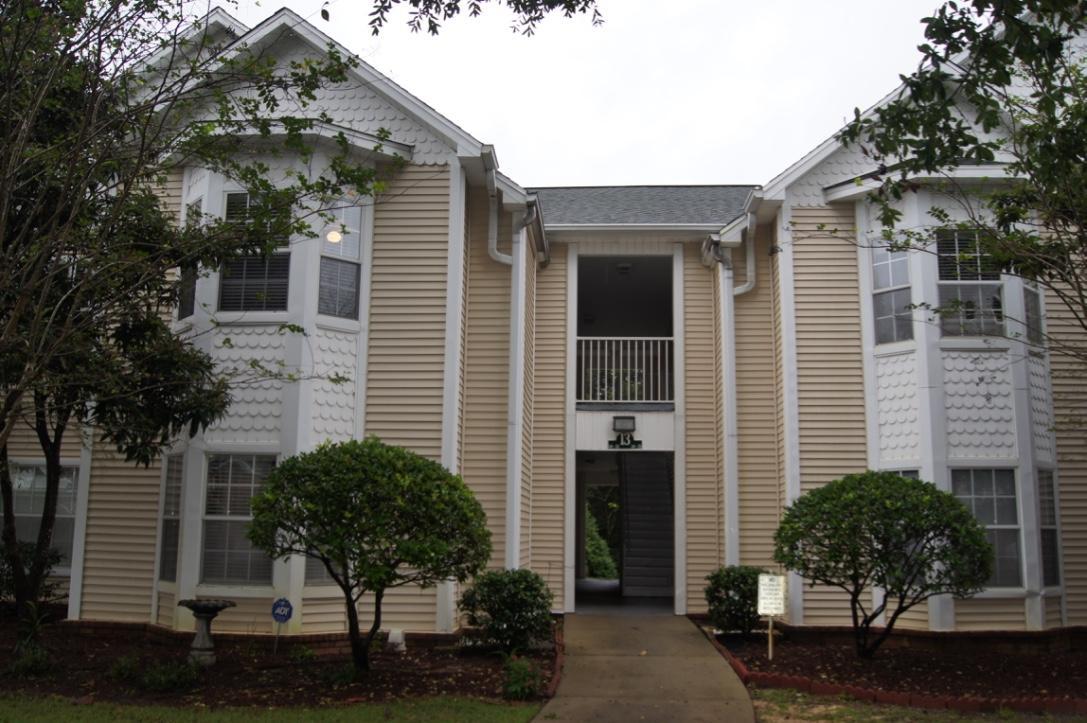 A 3 Bedroom 2 Bedroom The Oaks Rental