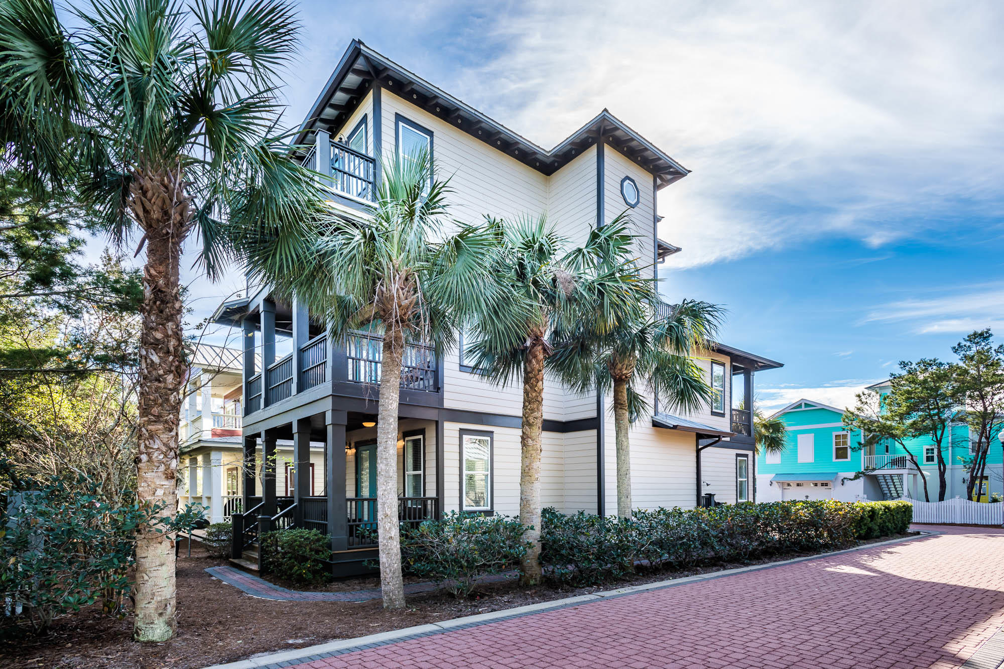 Photo of home for sale at 51 Flip Flop, Inlet Beach FL