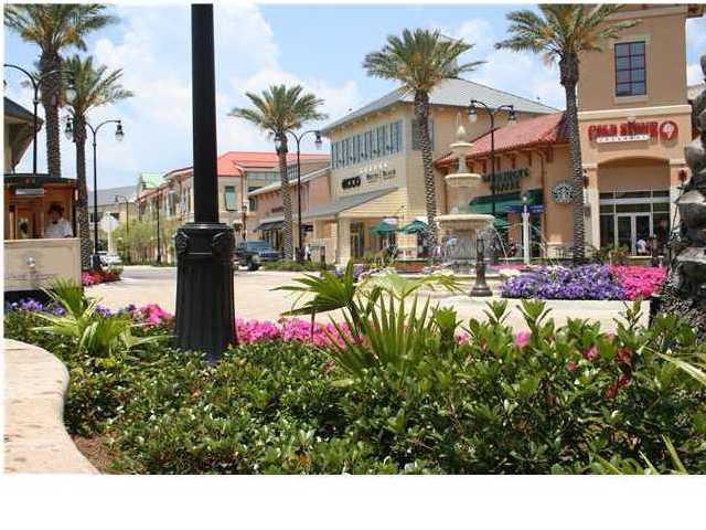 Photo of home for sale at 1110 Santa Rosa, Fort Walton Beach FL