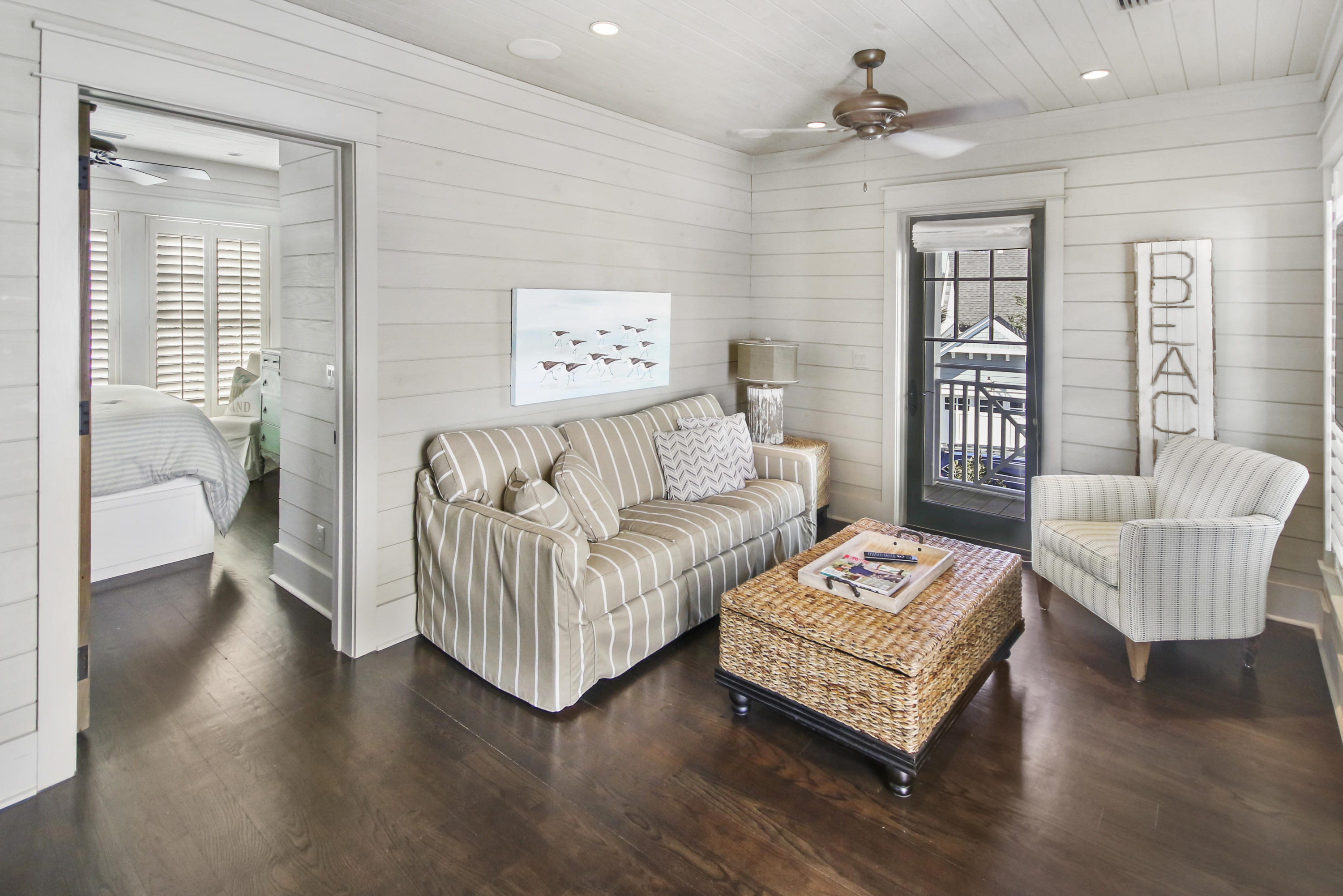 Carriage House - Living Room