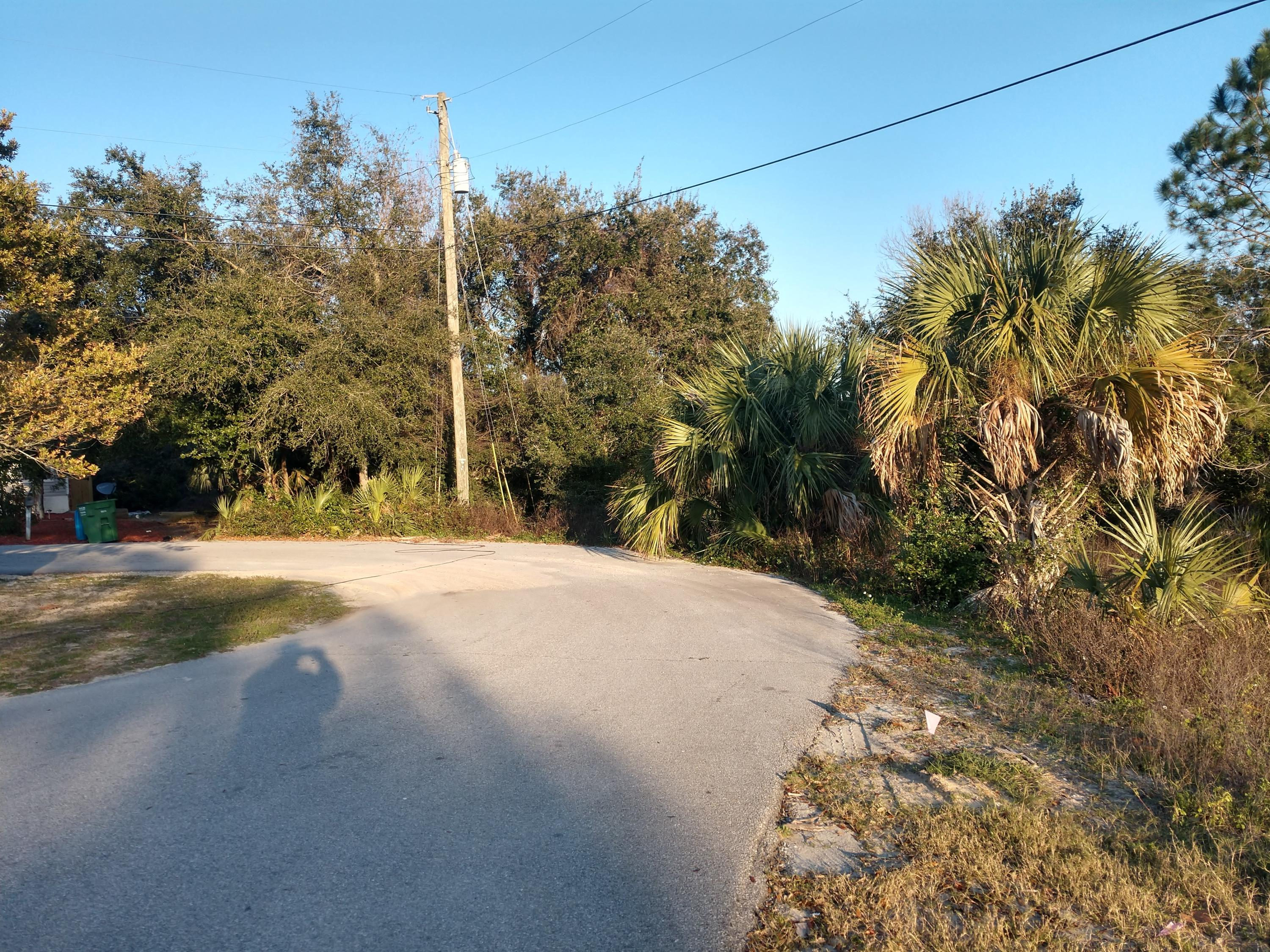 Photo of home for sale at 110 Lakeside, Panama City Beach FL