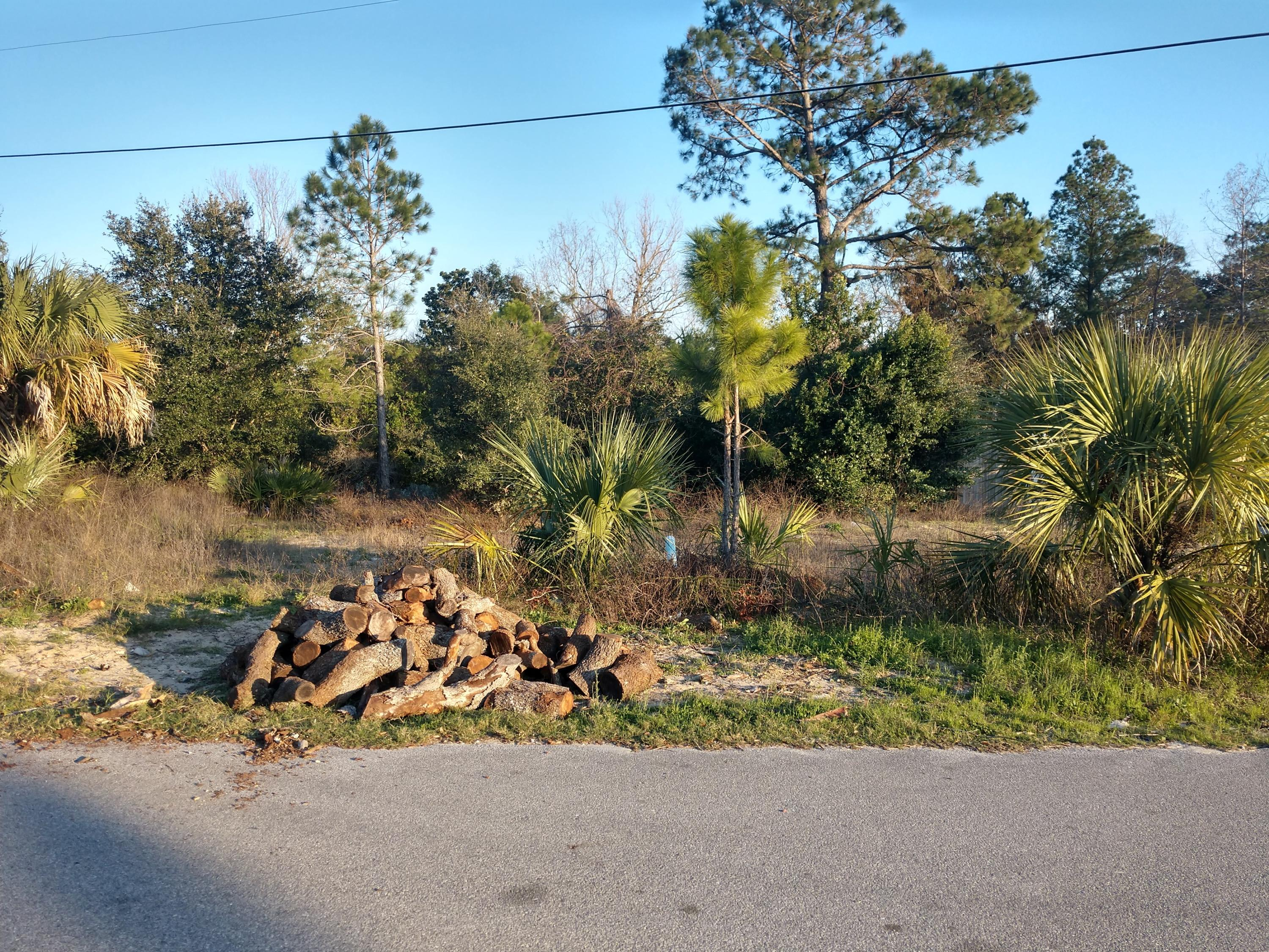 Photo of home for sale at 108 Lakeside, Panama City Beach FL