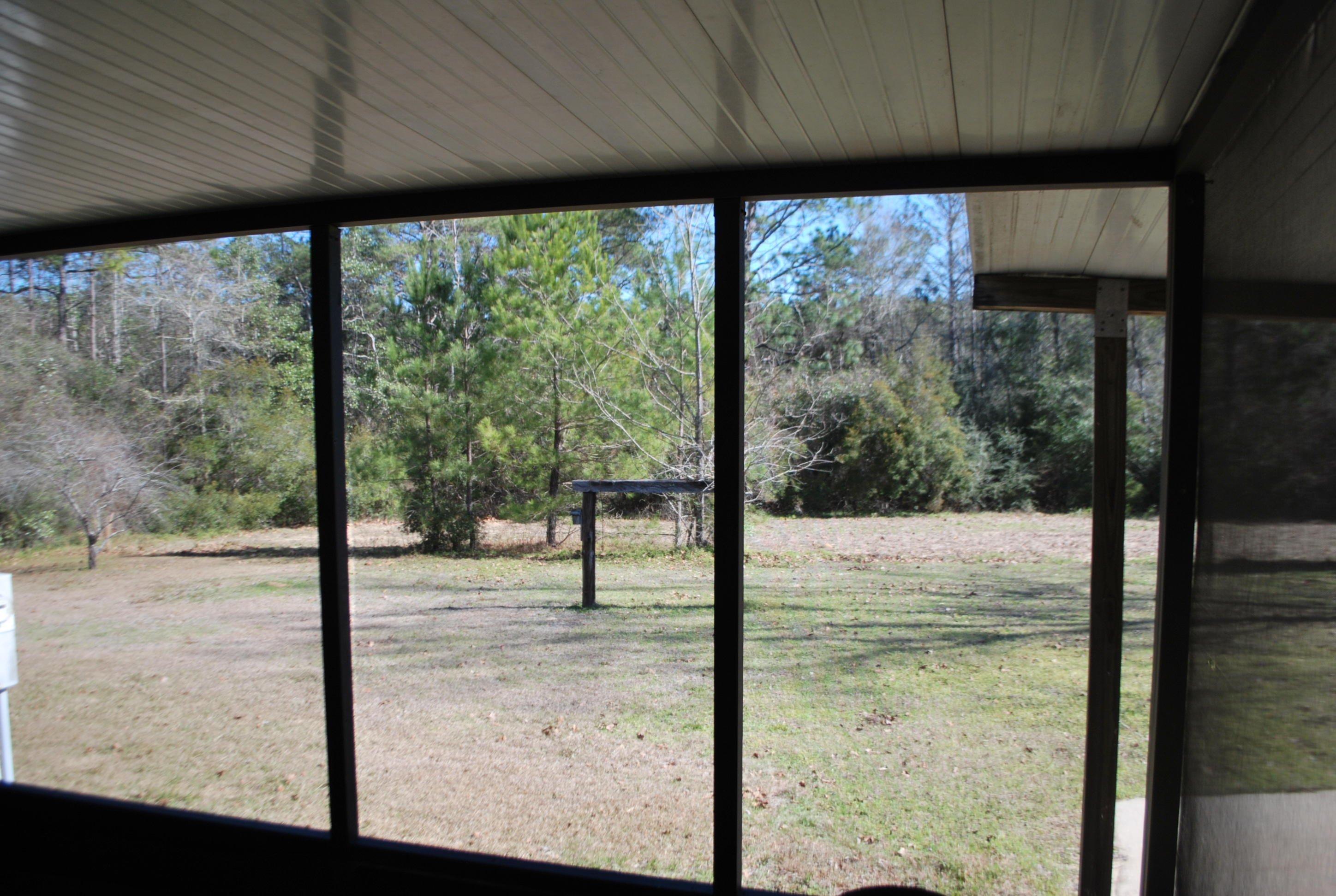 Photo of home for sale at 3253 Audrey, Crestview FL