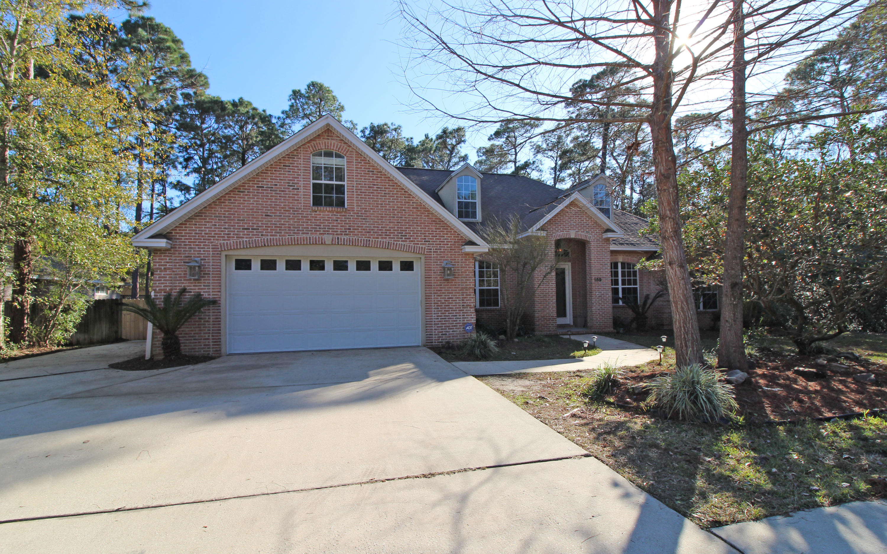189  Red Maple Way, Niceville, Florida