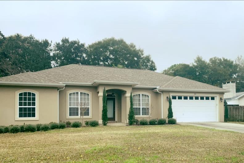 Photo of home for sale at 202 Pilgrim, Fort Walton Beach FL