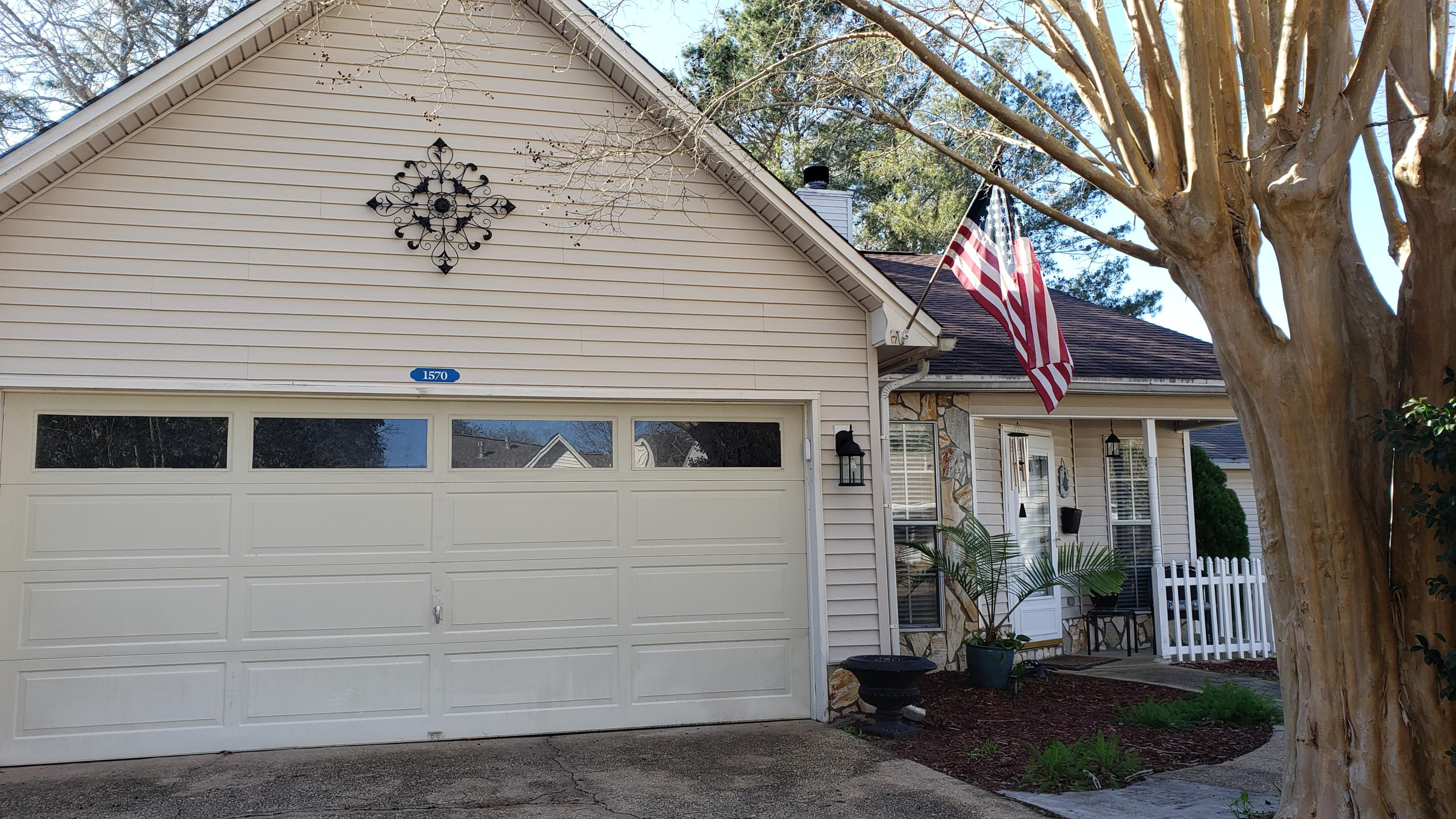 1570  Meadowbrook Court, Niceville in Okaloosa County, FL 32578 Home for Sale