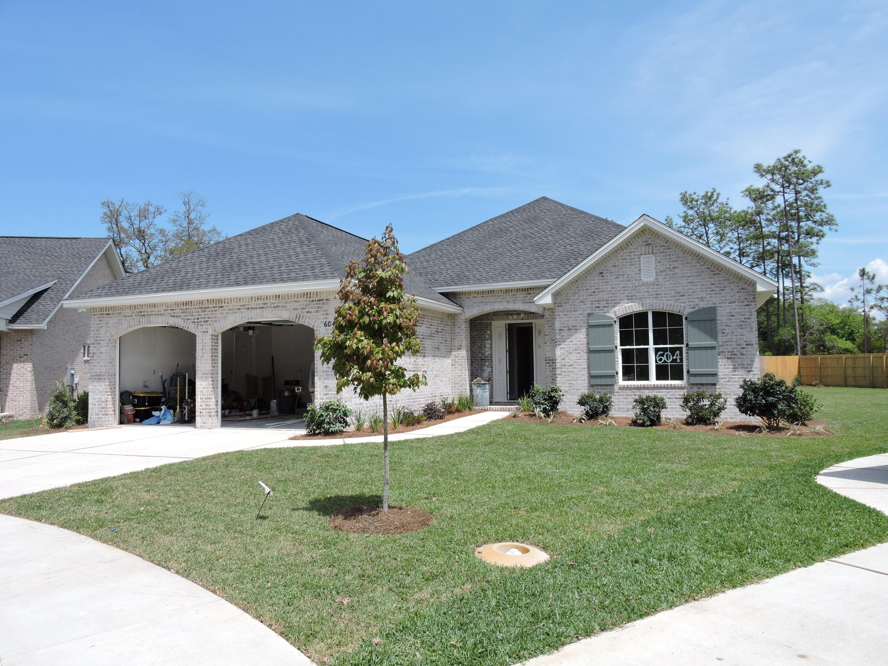 Live luxuriously in one of Niceville's newest neighborhoods! This  split and open floor plan is desi