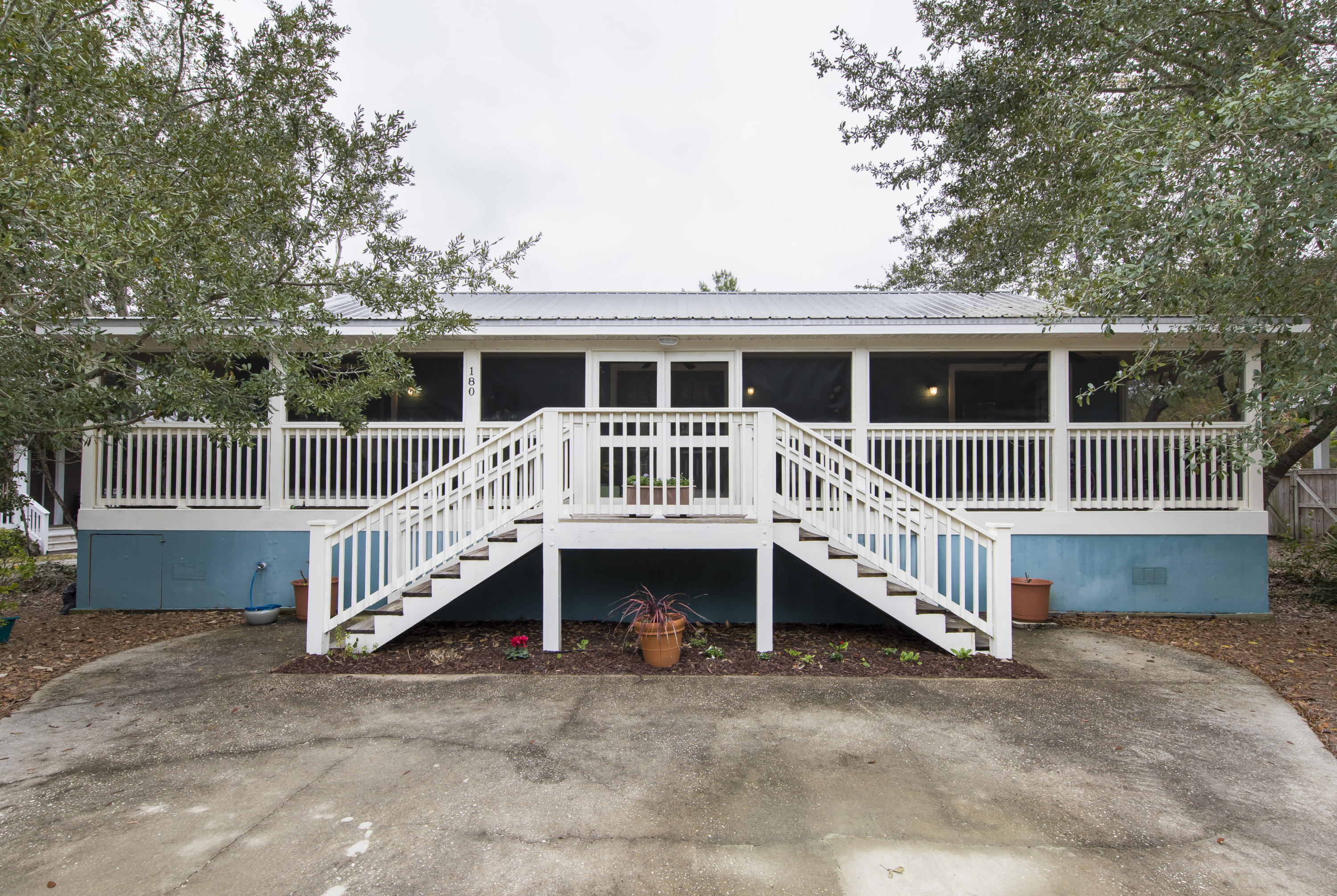 Photo of home for sale at 180 Clareon, Inlet Beach FL
