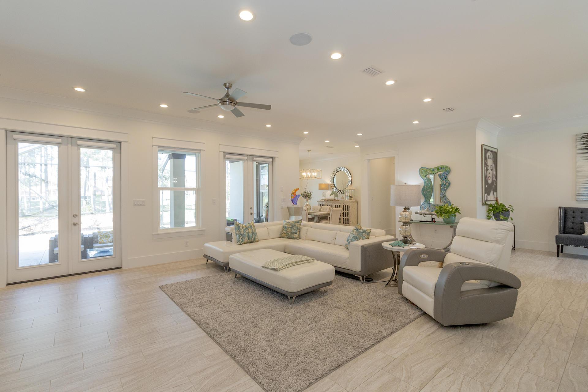 45 Azure Place - $795000