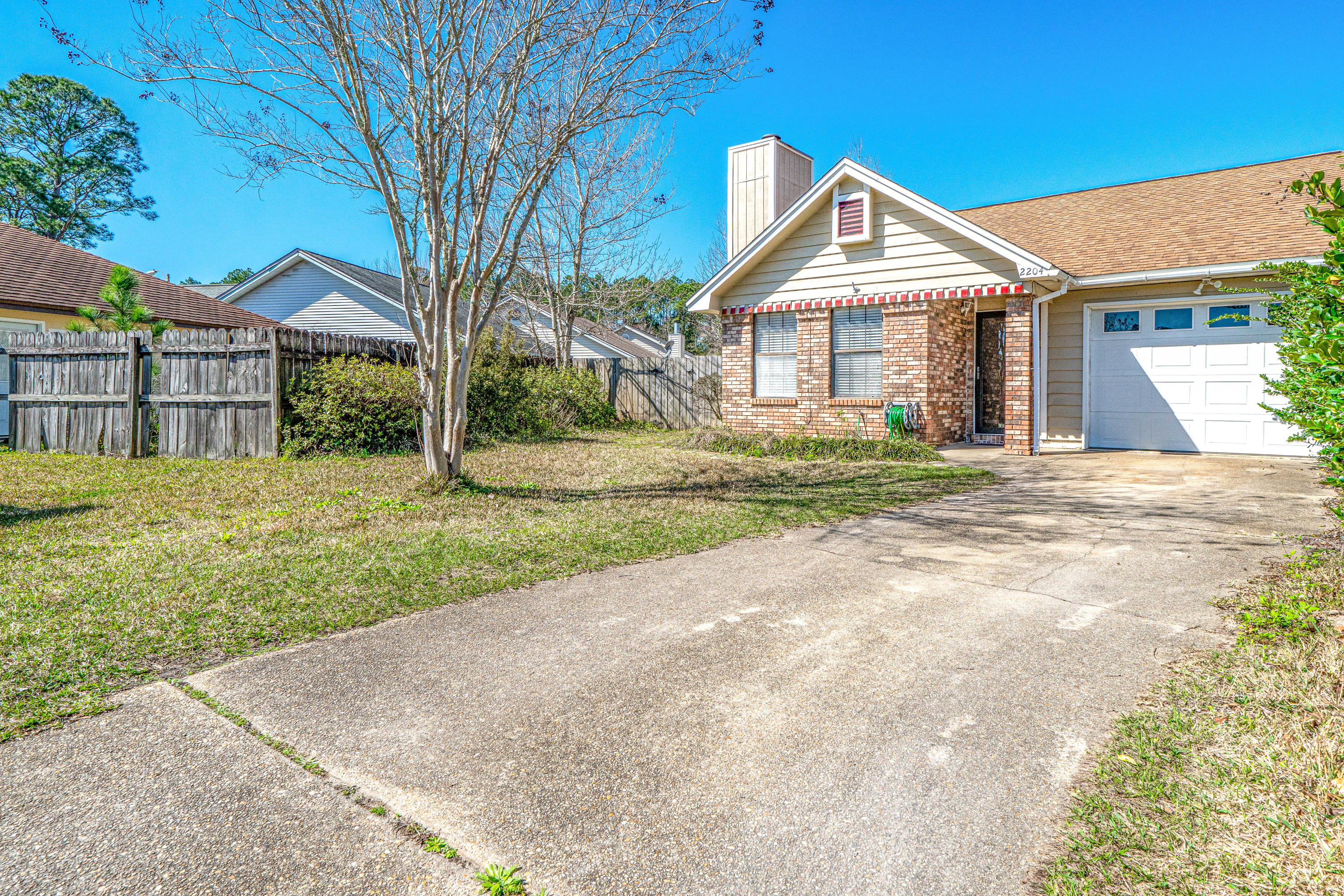 Welcome to this Adorable 3 bedroom 2 bath one car garage  house on a cul de sac. No wasted space in
