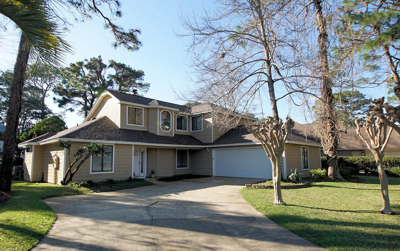142  Baywind Drive, Niceville in Okaloosa County, FL 32578 Home for Sale