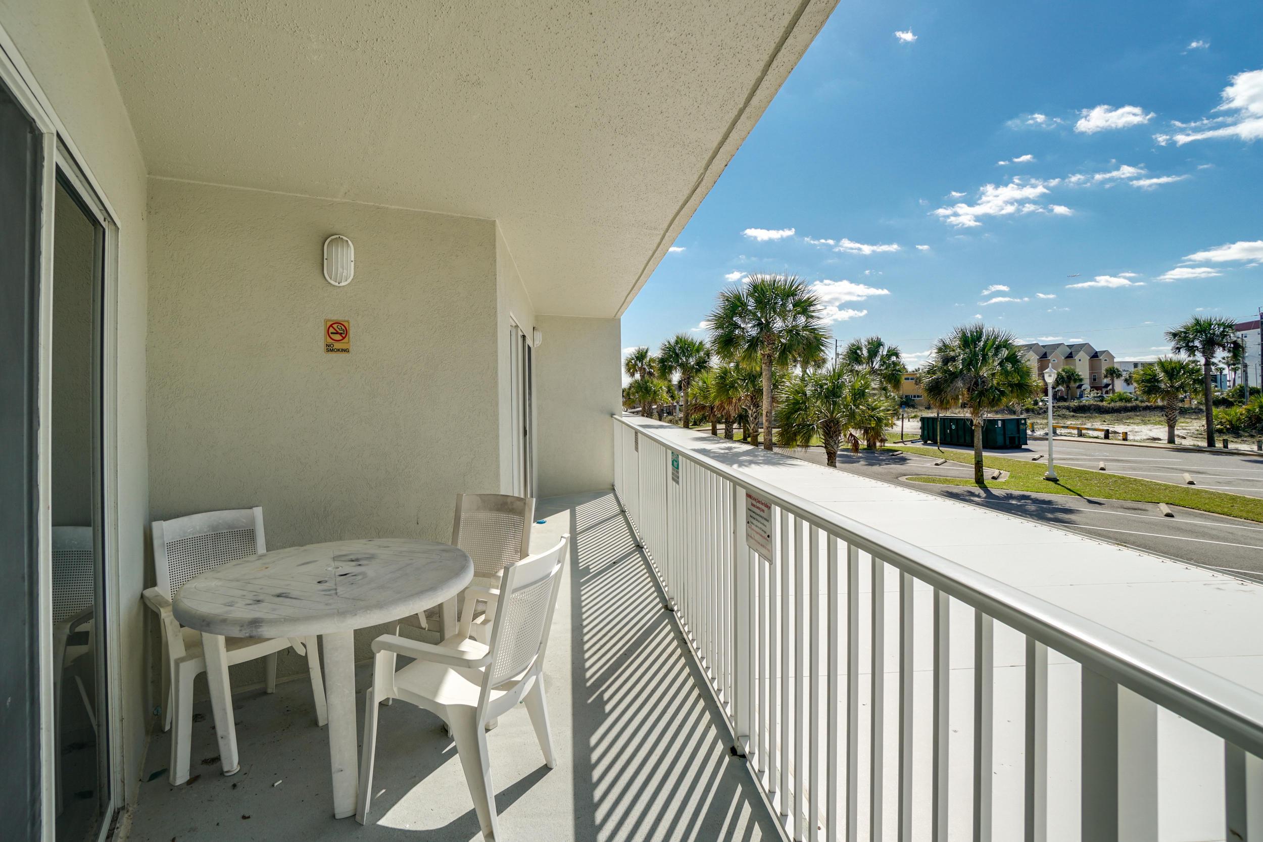 Photo of home for sale at 895 Santa Rosa, Fort Walton Beach FL