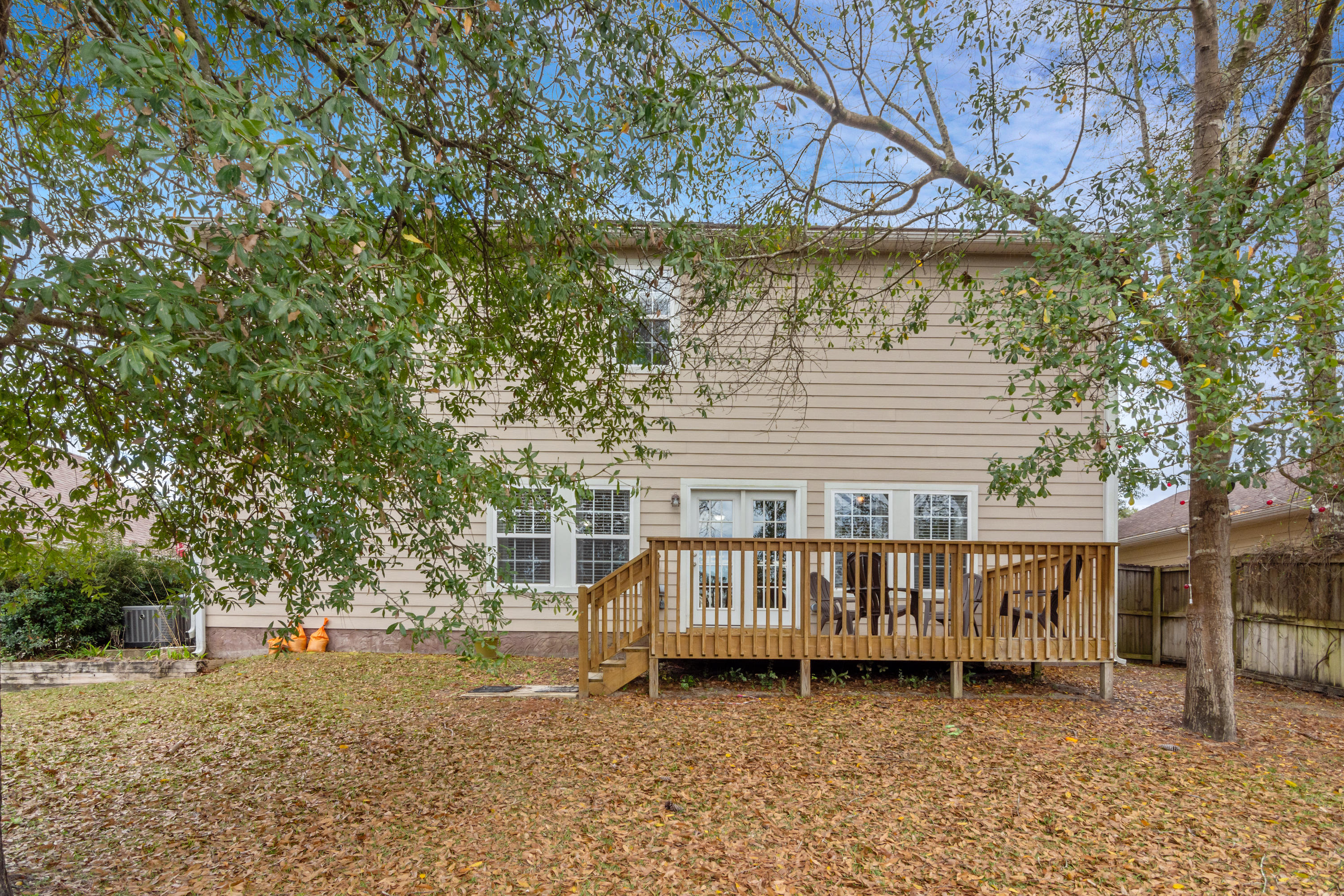 Photo of home for sale at 4411 Mirada, Crestview FL