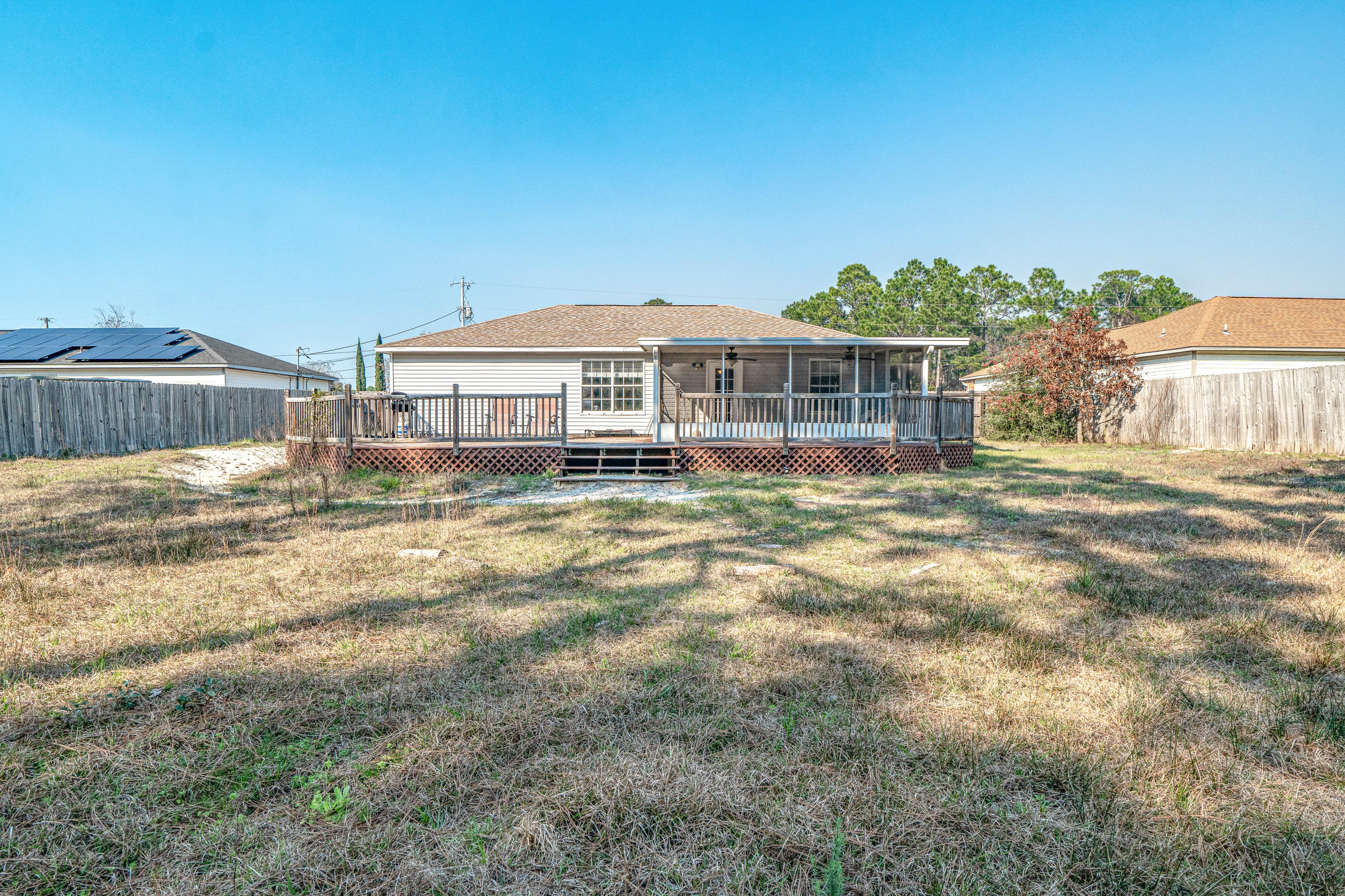 Photo of home for sale at 9347 River, Navarre FL