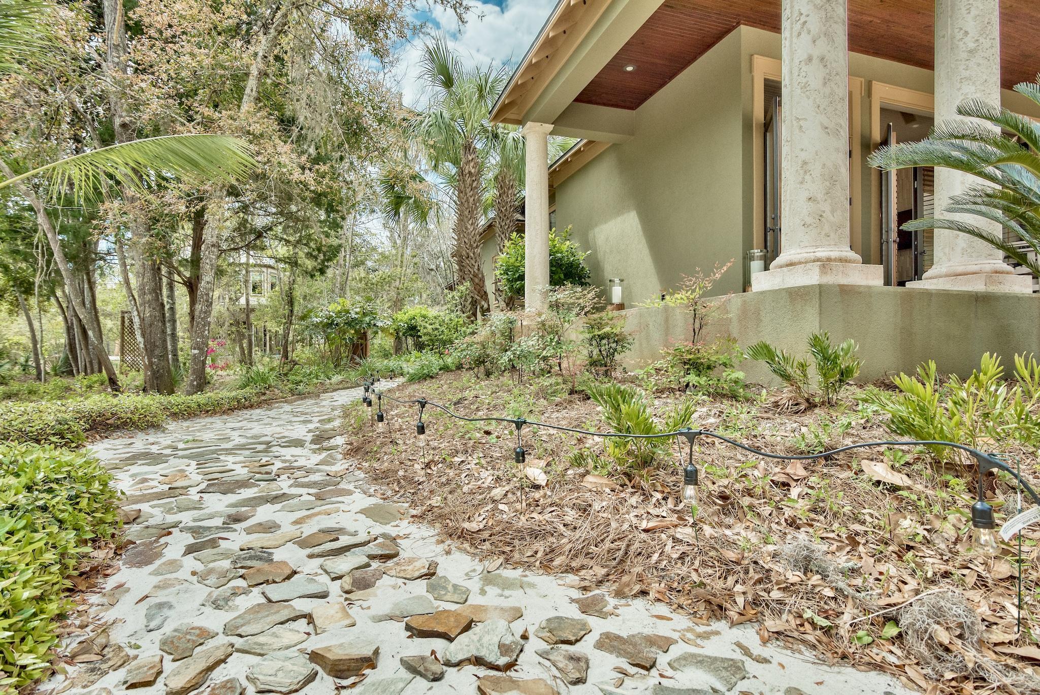 Photo of home for sale at 1515 Hewett, Santa Rosa Beach FL