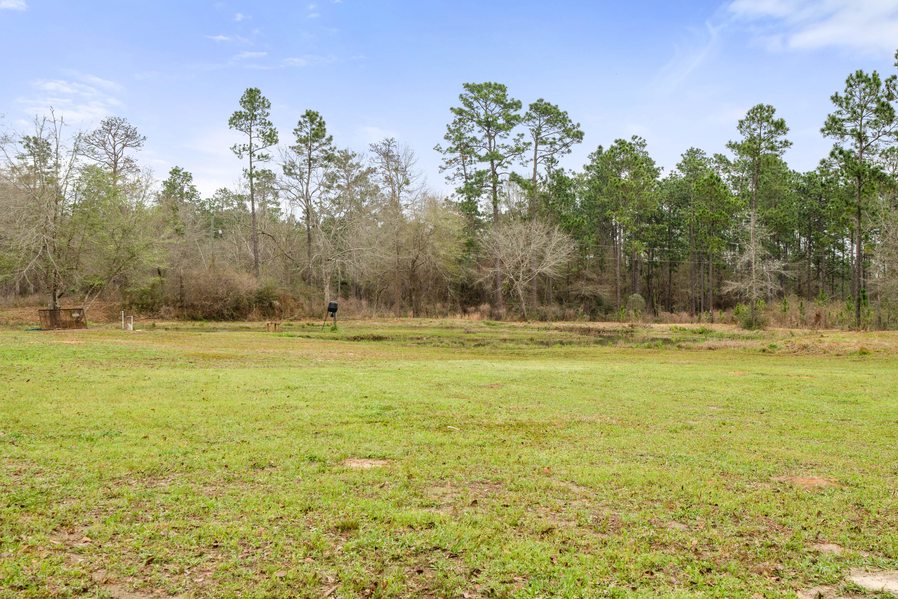 Photo of home for sale at 12928 Red Cloud Rd, Baker FL