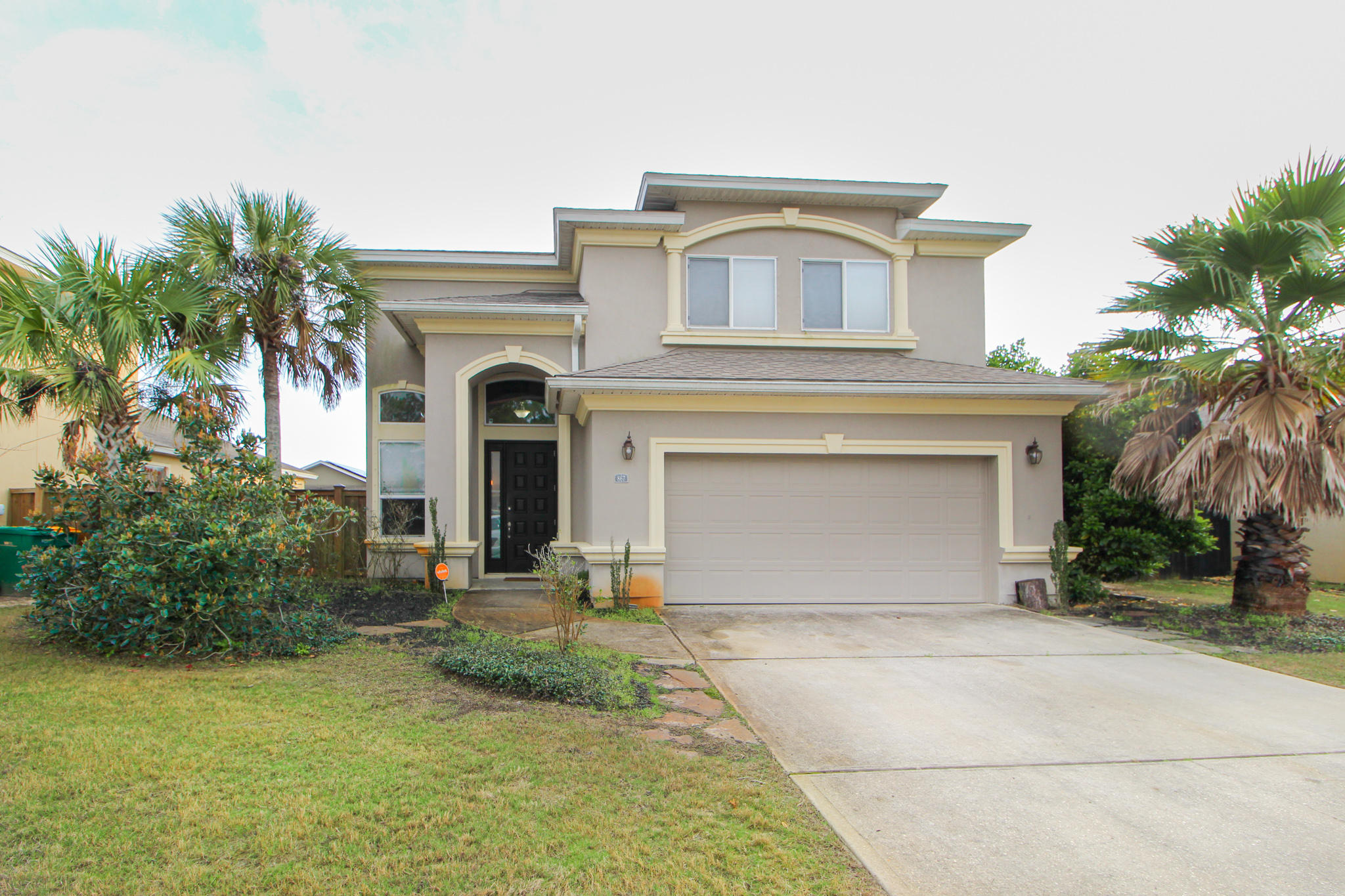 Photo of home for sale at 867 Solimar, Mary Esther FL