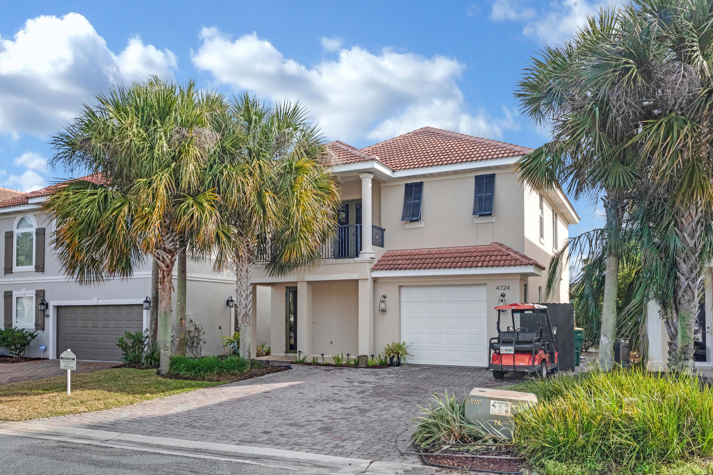 Photo of home for sale at 4724 Amhurst, Destin FL