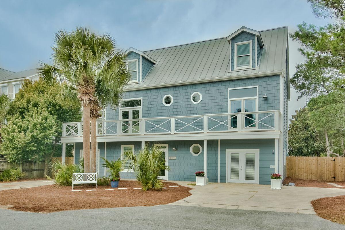 Photo of home for sale at 111 Buddy, Santa Rosa Beach FL