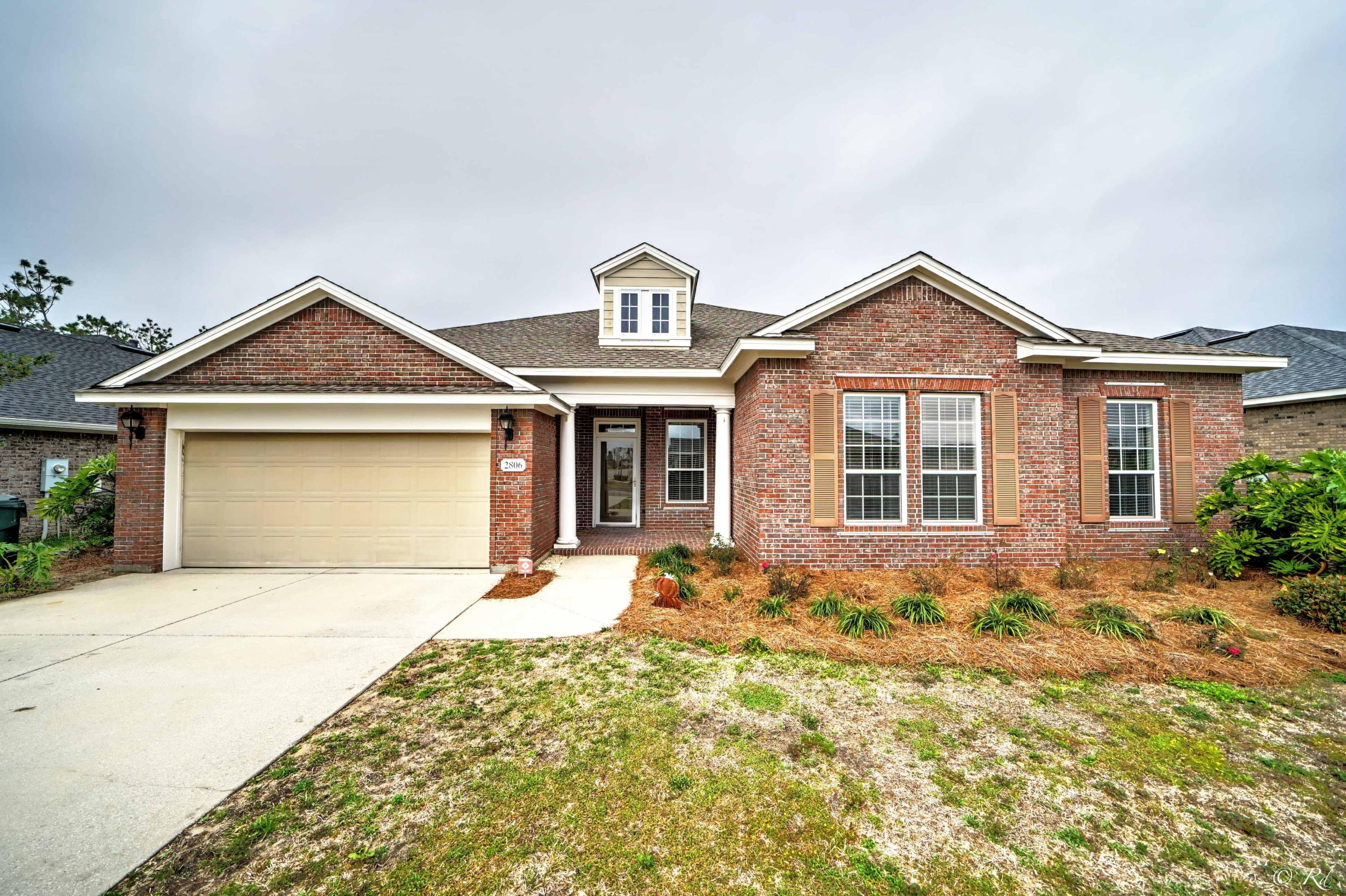 Photo of home for sale at 2806 Broad Wing, Panama City FL