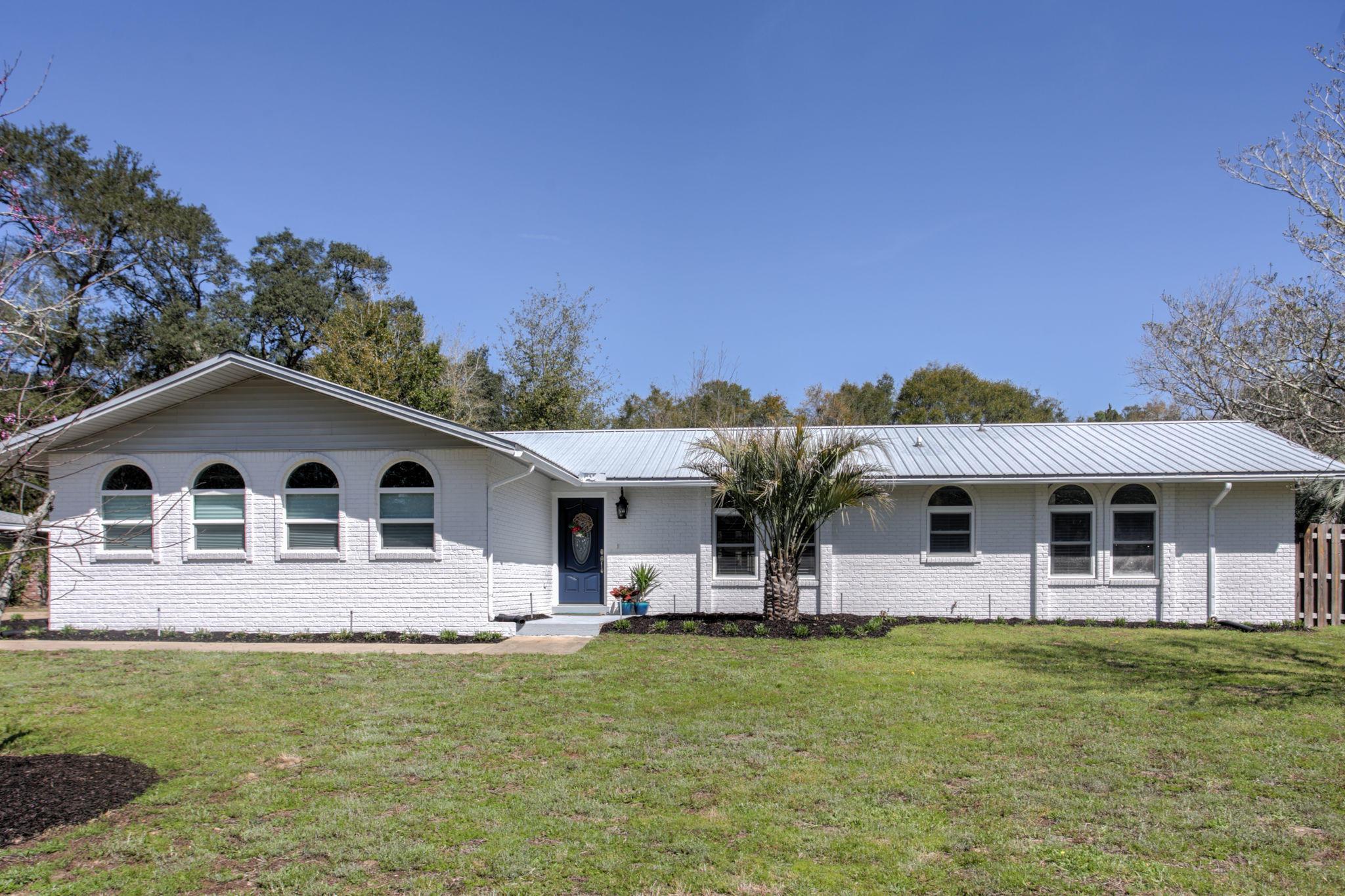 2423  Roberts Drive, Niceville, Florida