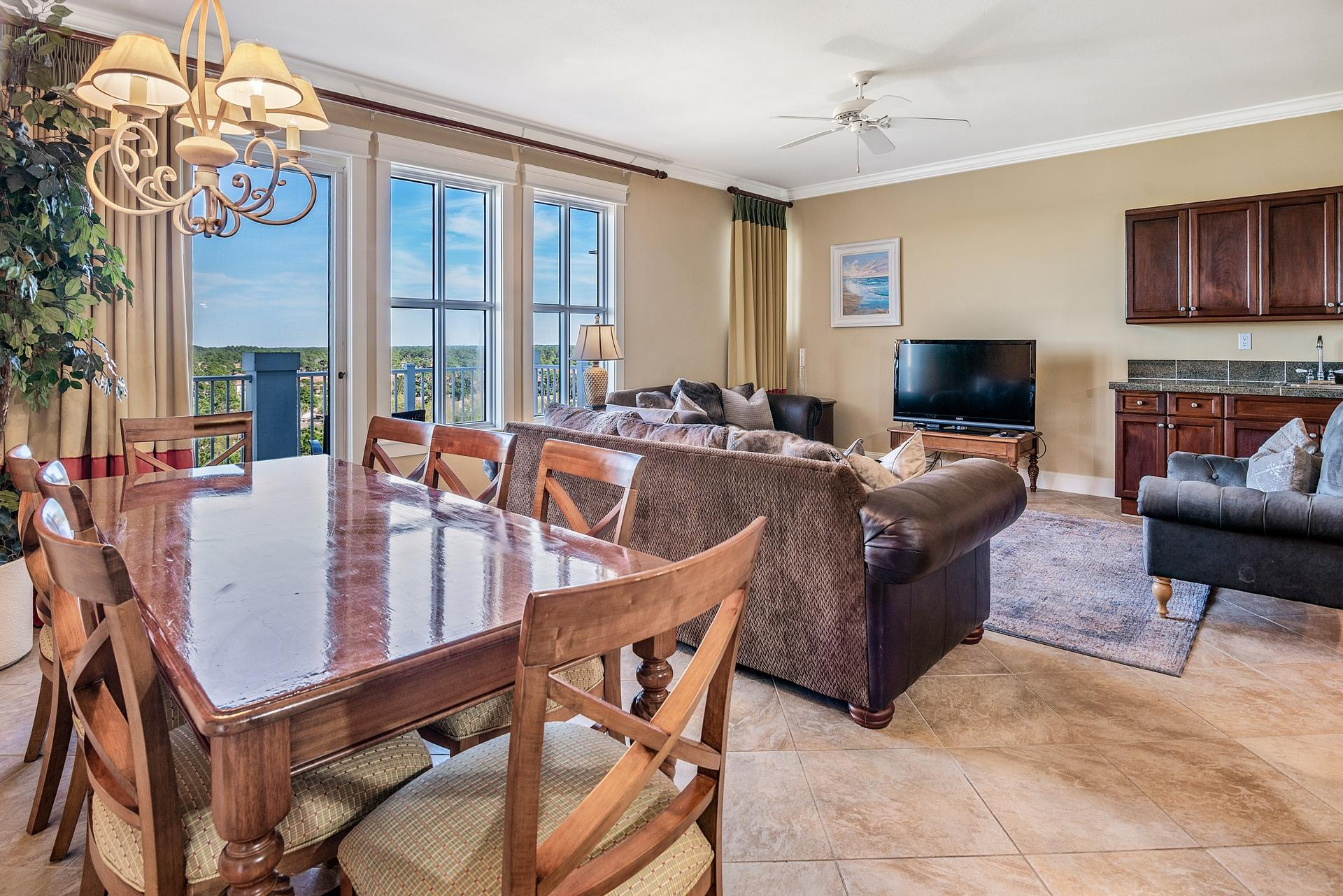 A 3 Bedroom 3 Bedroom Grand Sandestin Condominium