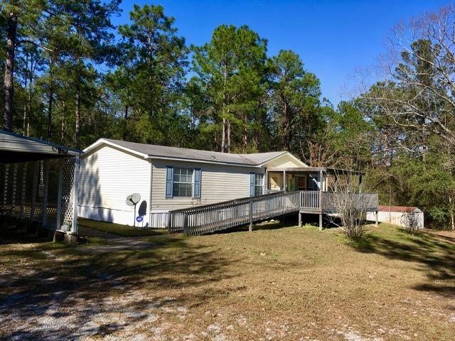 Photo of home for sale at 63 Dewey, Defuniak Springs FL