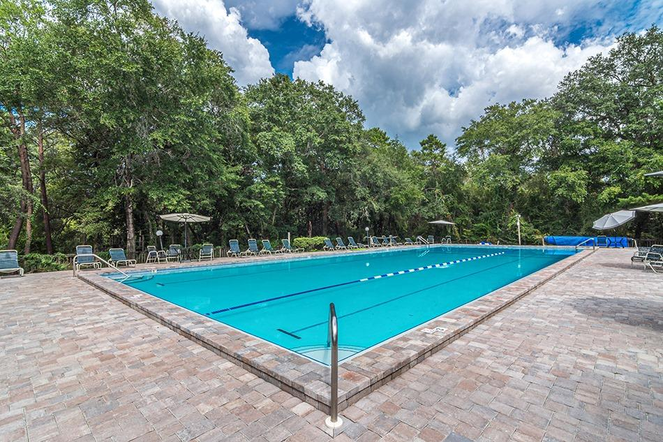 Photo of home for sale at 1672 Ella, Niceville FL