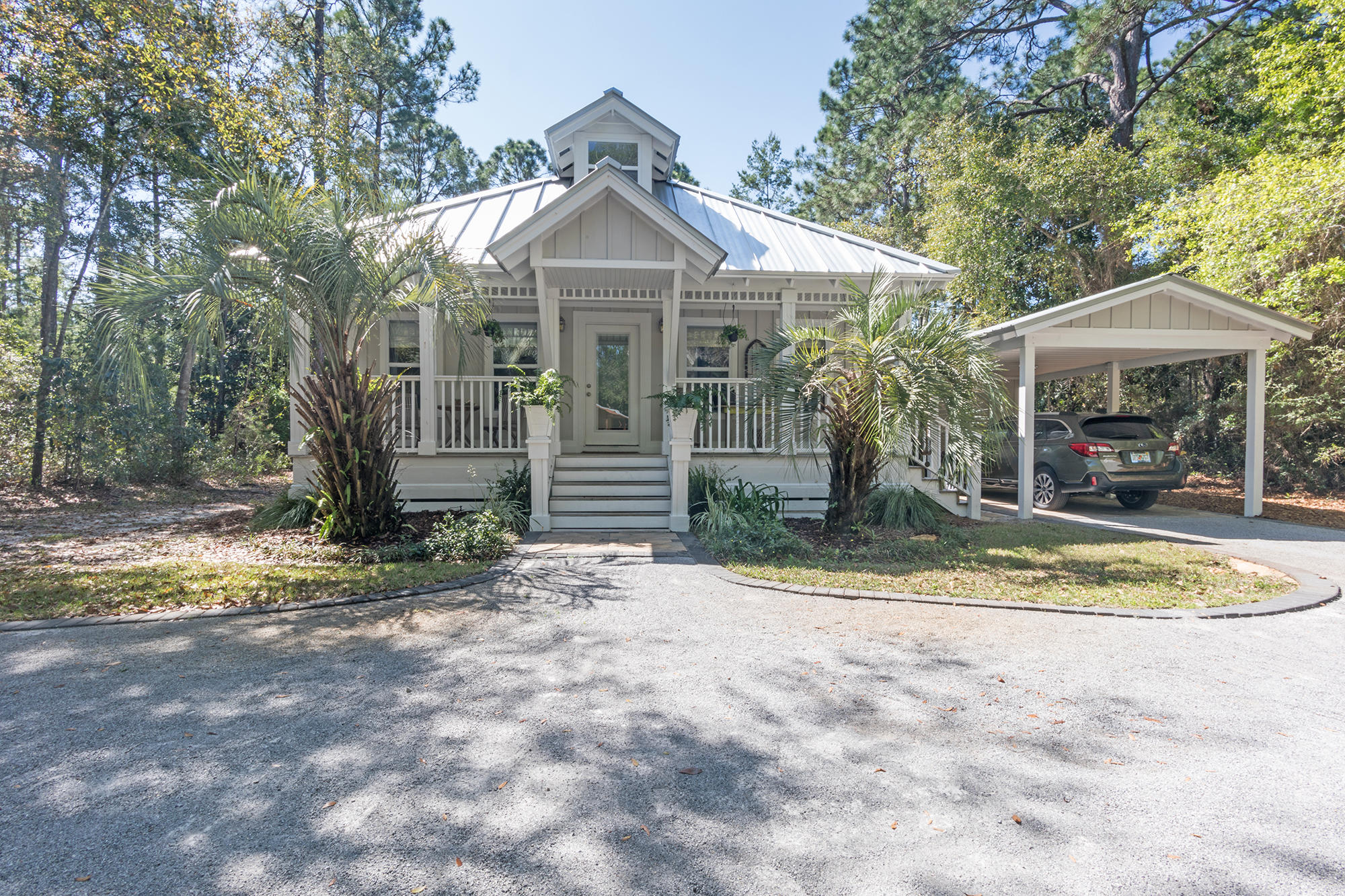 Photo of home for sale at 175 Chrysler, Santa Rosa Beach FL