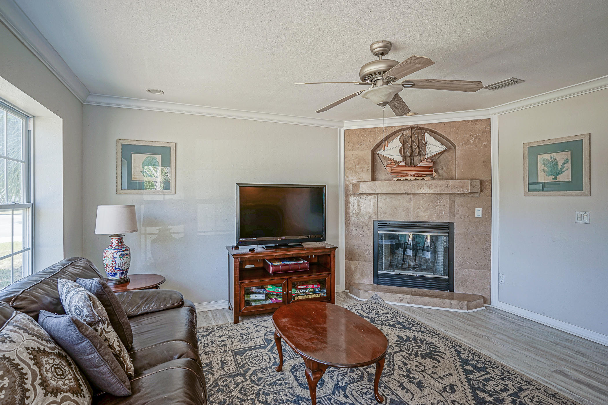 Photo of home for sale at 141 Staff, Fort Walton Beach FL