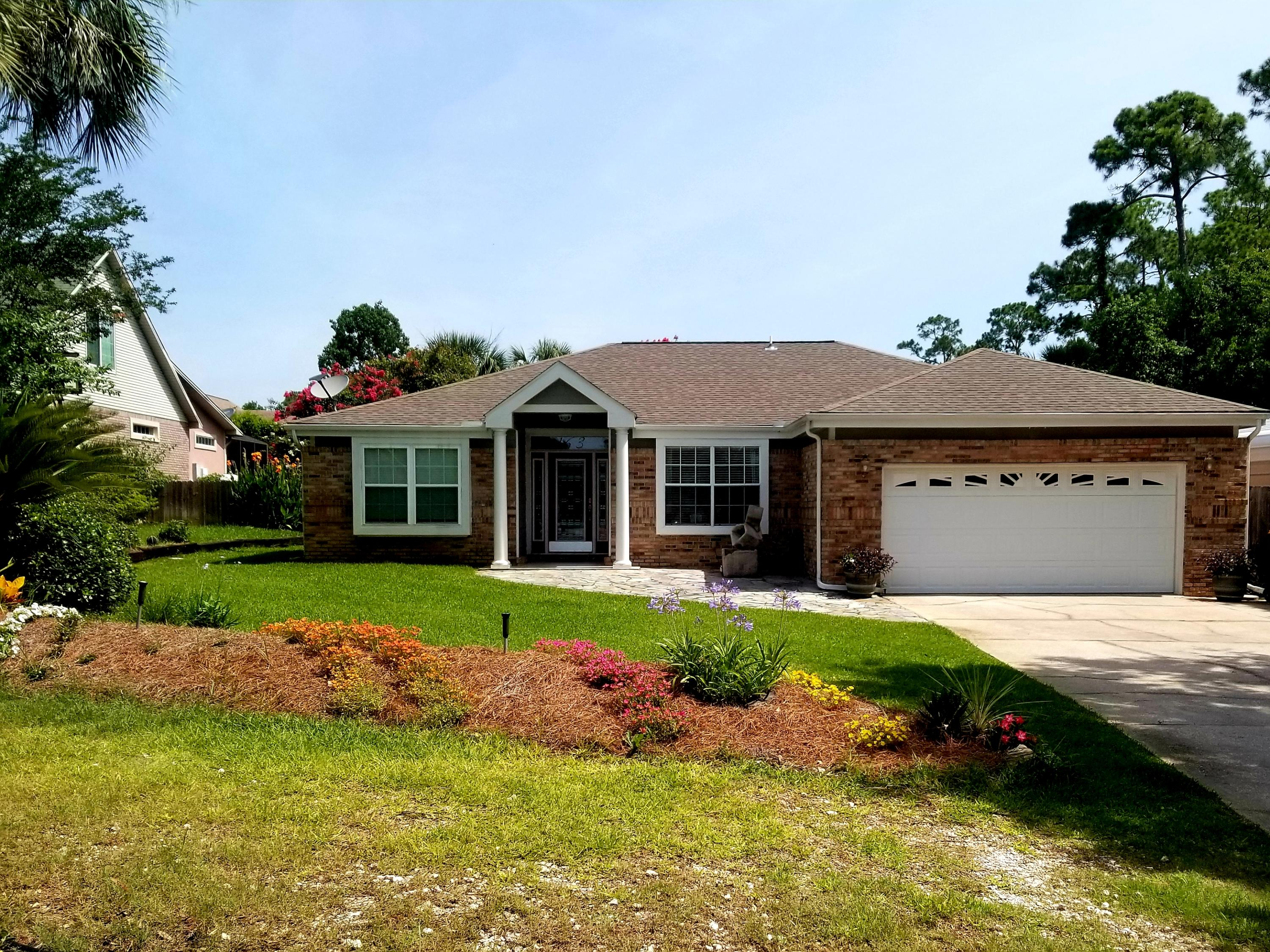 Photo of home for sale at 163 Long Pointe, Mary Esther FL