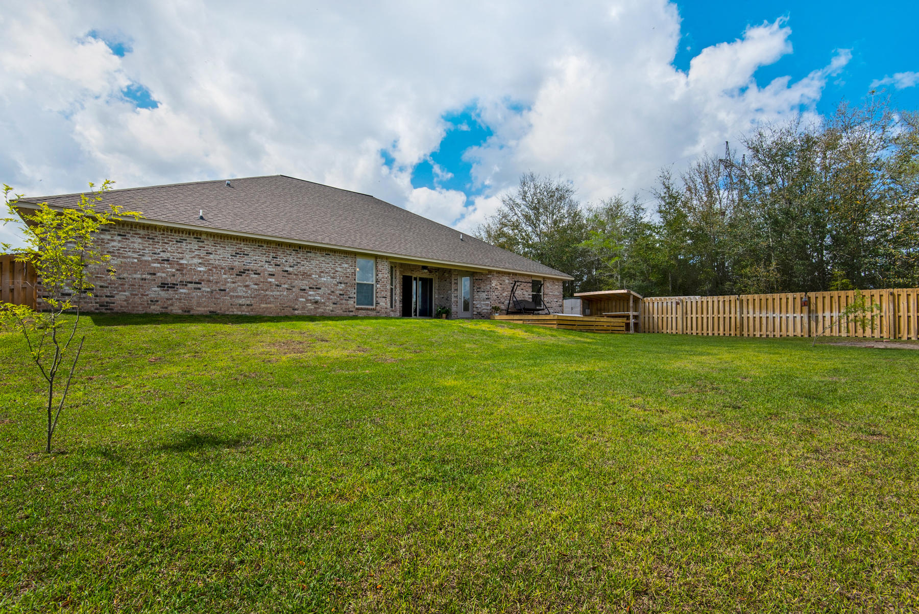 Photo of home for sale at 4653 Chanan, Crestview FL