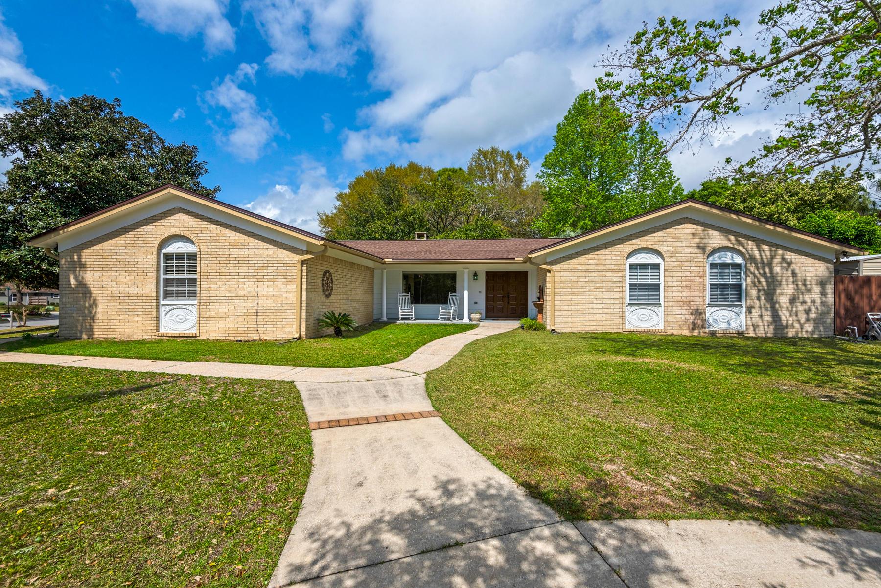 2443  Roberts Drive, Niceville, Florida