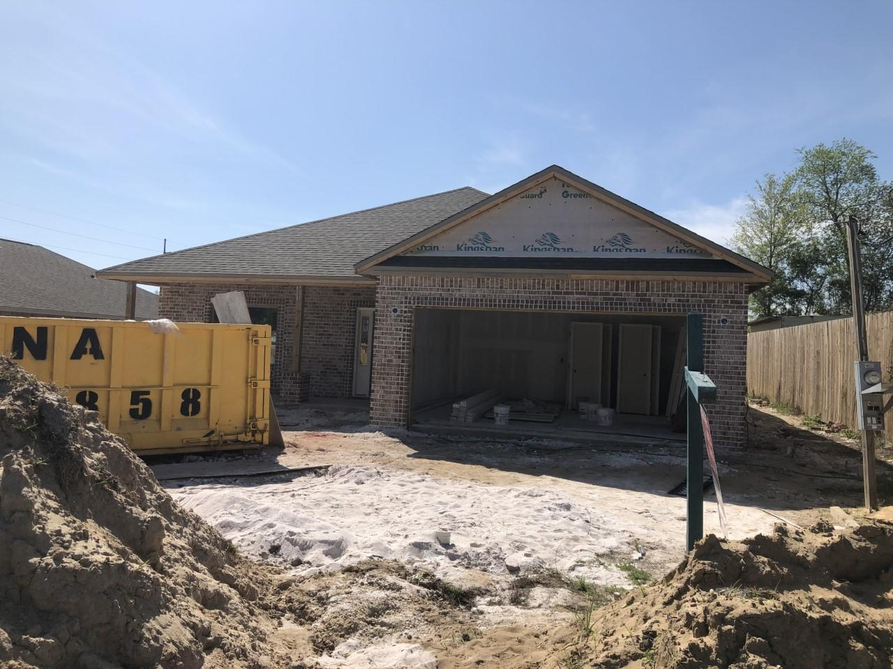 Photo of home for sale at 802 Patio, Fort Walton Beach FL