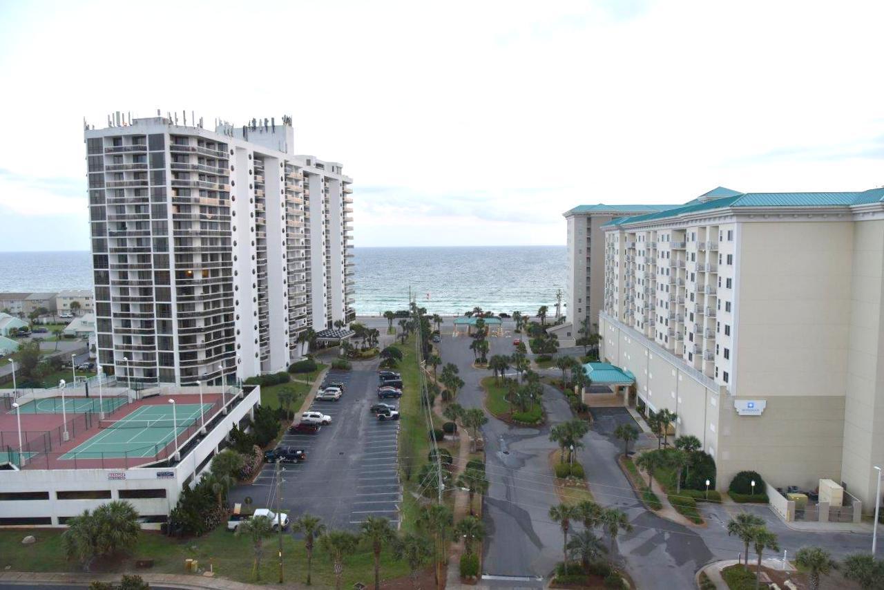 A 1 Bedroom 1 Bedroom Ariel Dunes Condominium