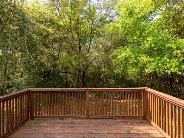 Photo of home for sale at 5330 Overbrook, Milton FL