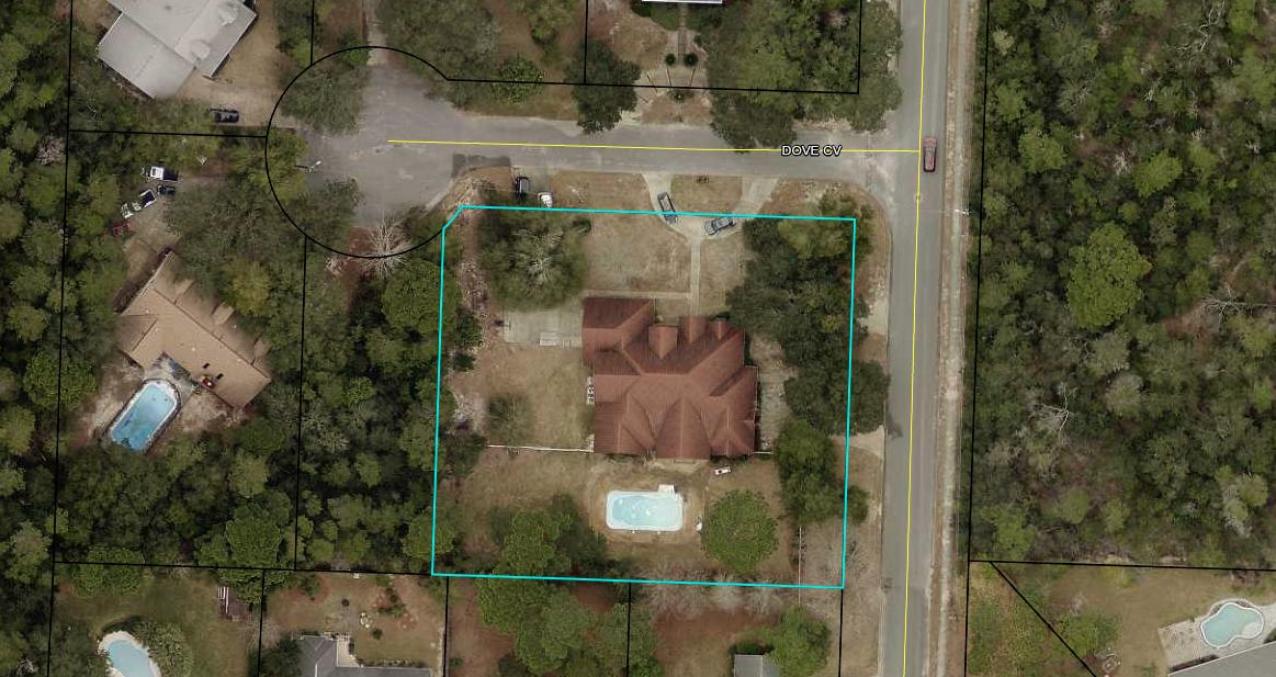 Photo of home for sale at 12 Dove, Valparaiso FL