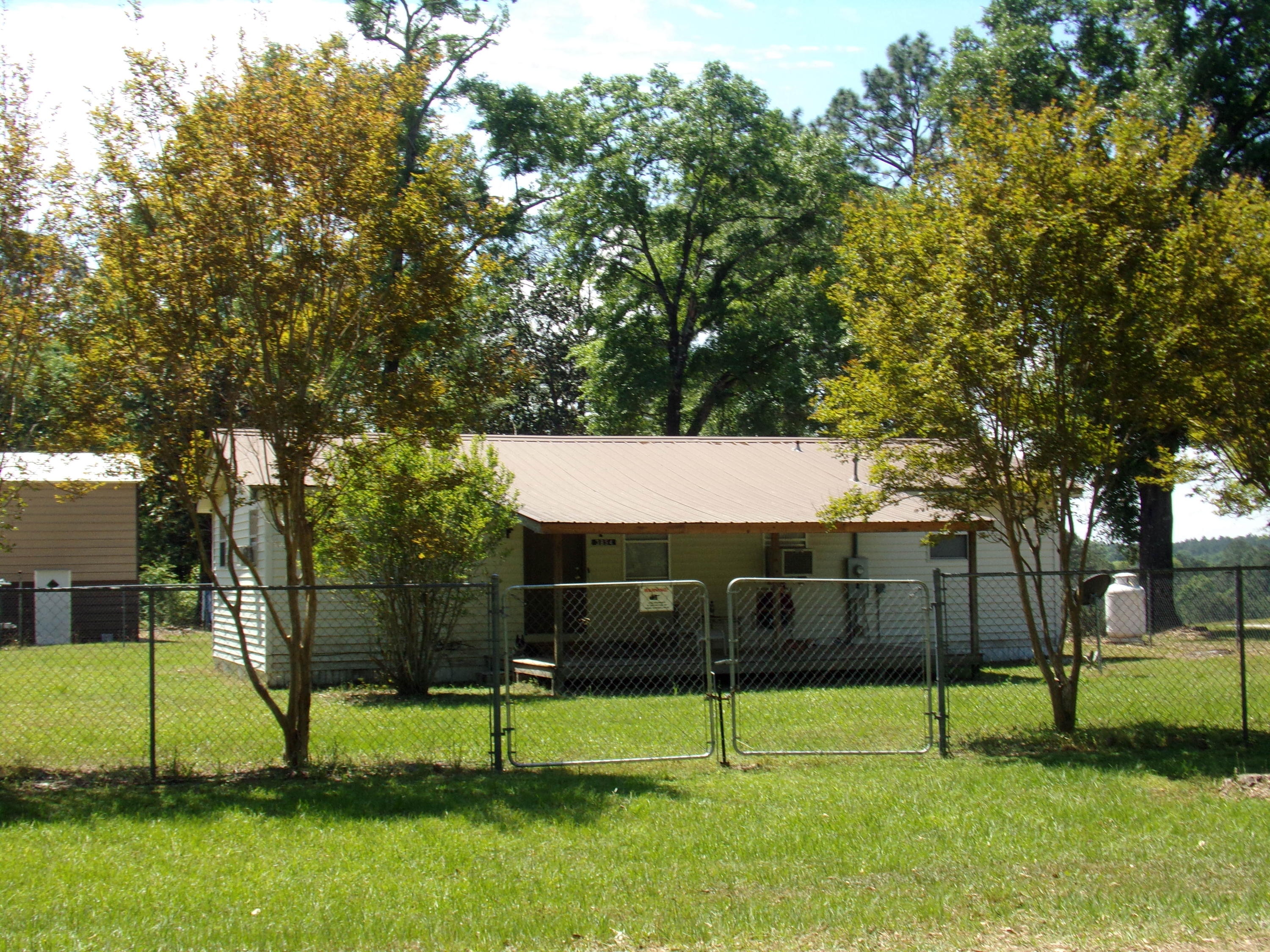 Photo of home for sale at 3854 2nd, Laurel Hill FL