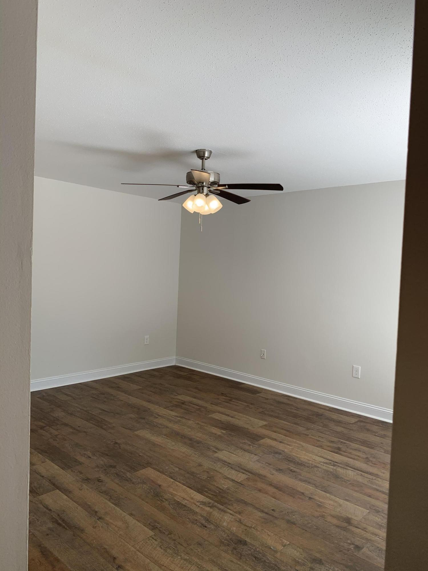 Photo of home for sale at 337 Victoria, Fort Walton Beach FL
