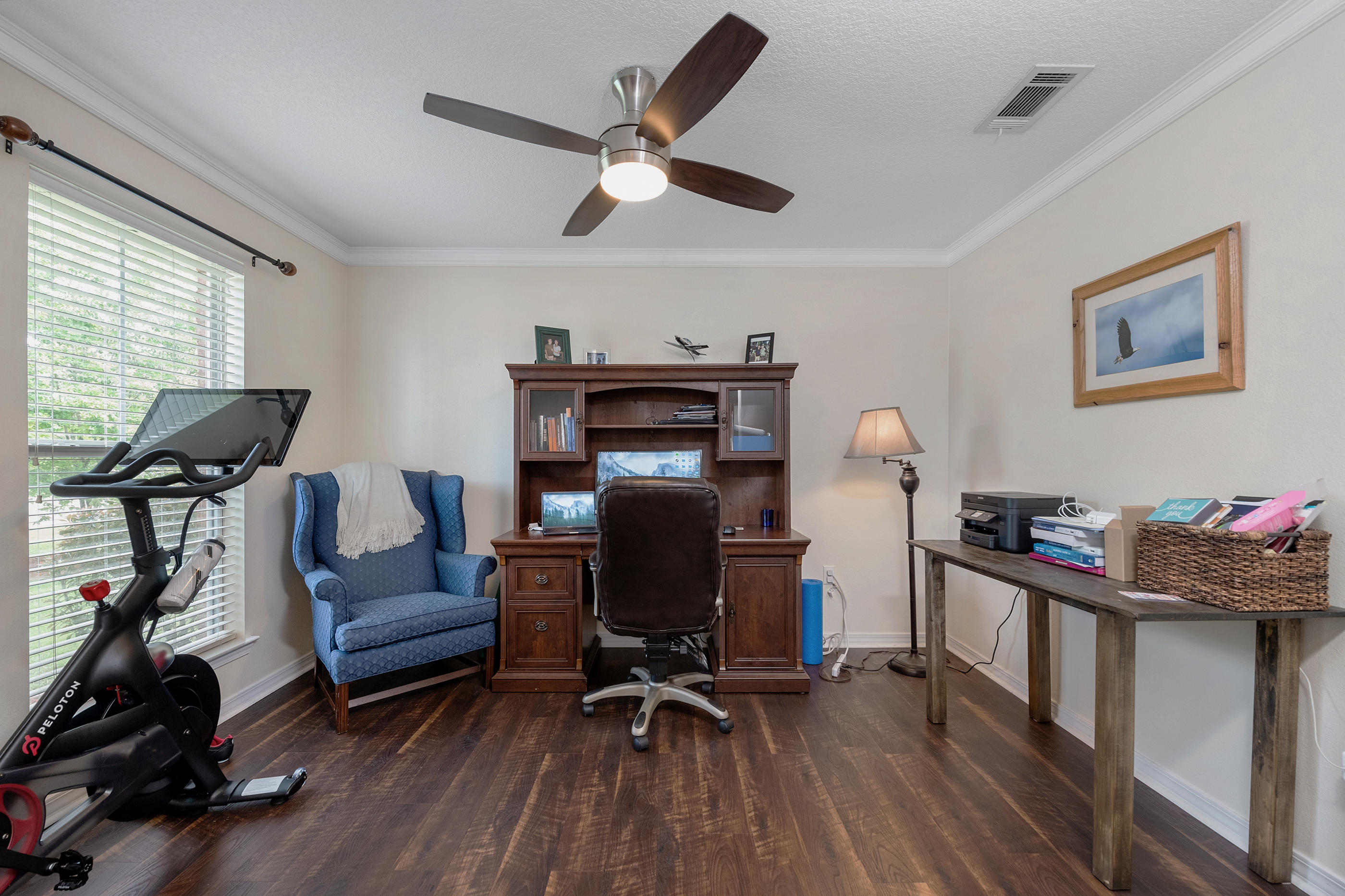 Photo of home for sale at 2142 Sardinia, Navarre FL