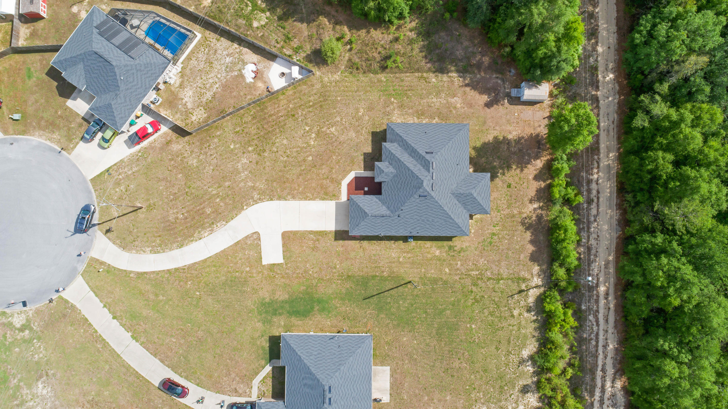 Photo of home for sale at 3102 Edelstein, Crestview FL