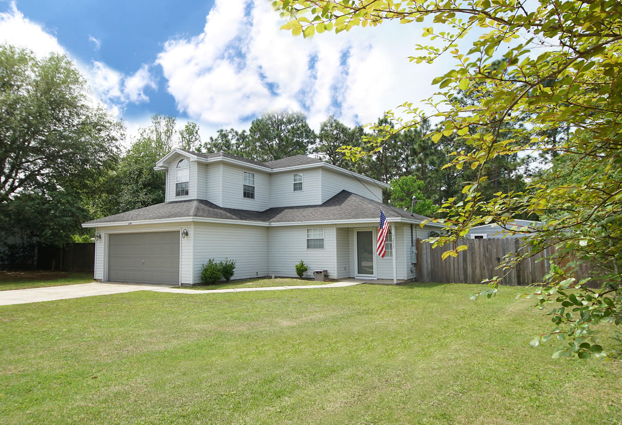 Photo of home for sale at 2317 Prytania, Navarre FL